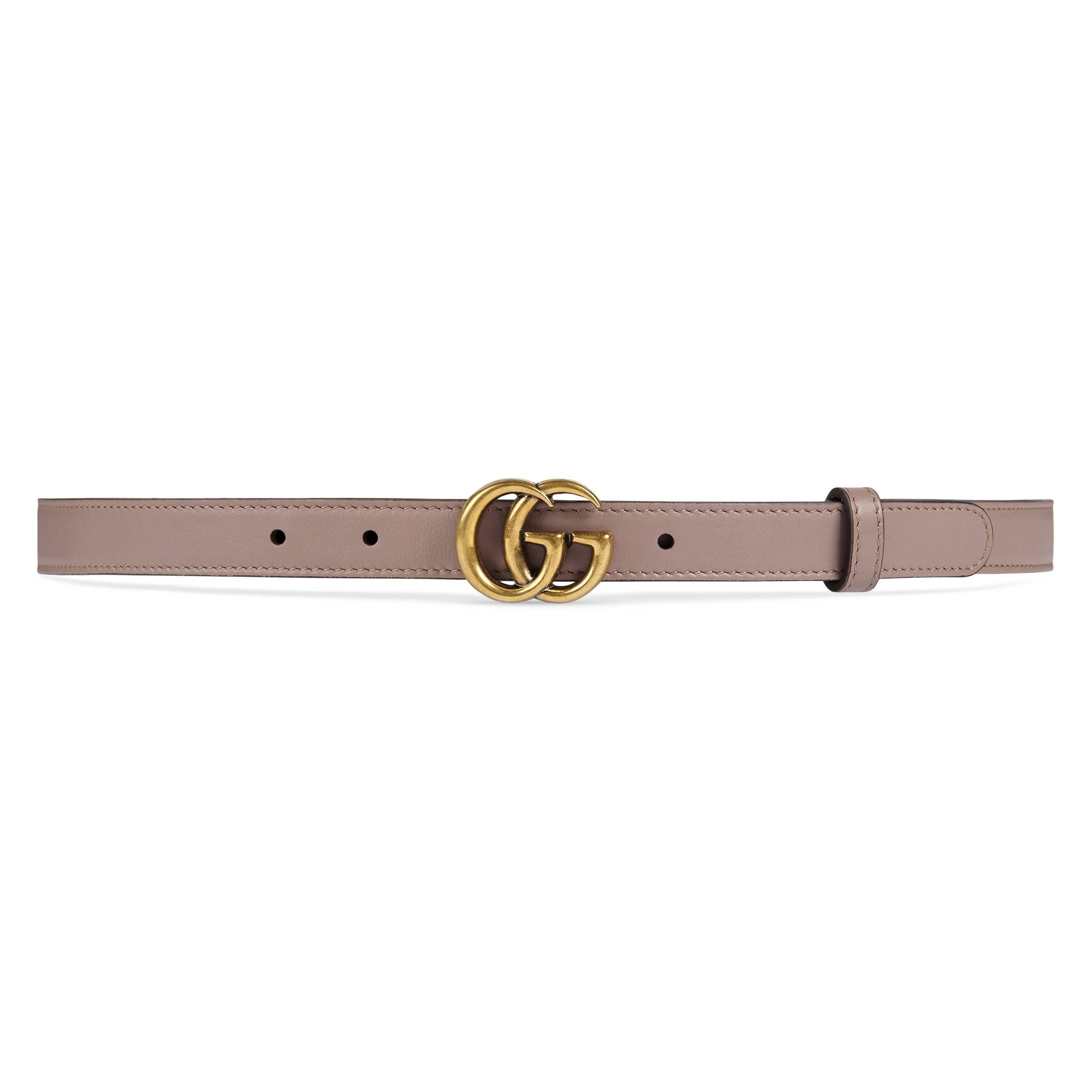 57599043fd425b Lyst - Gucci Ledergürtel mit GG-Schnalle in Natur
