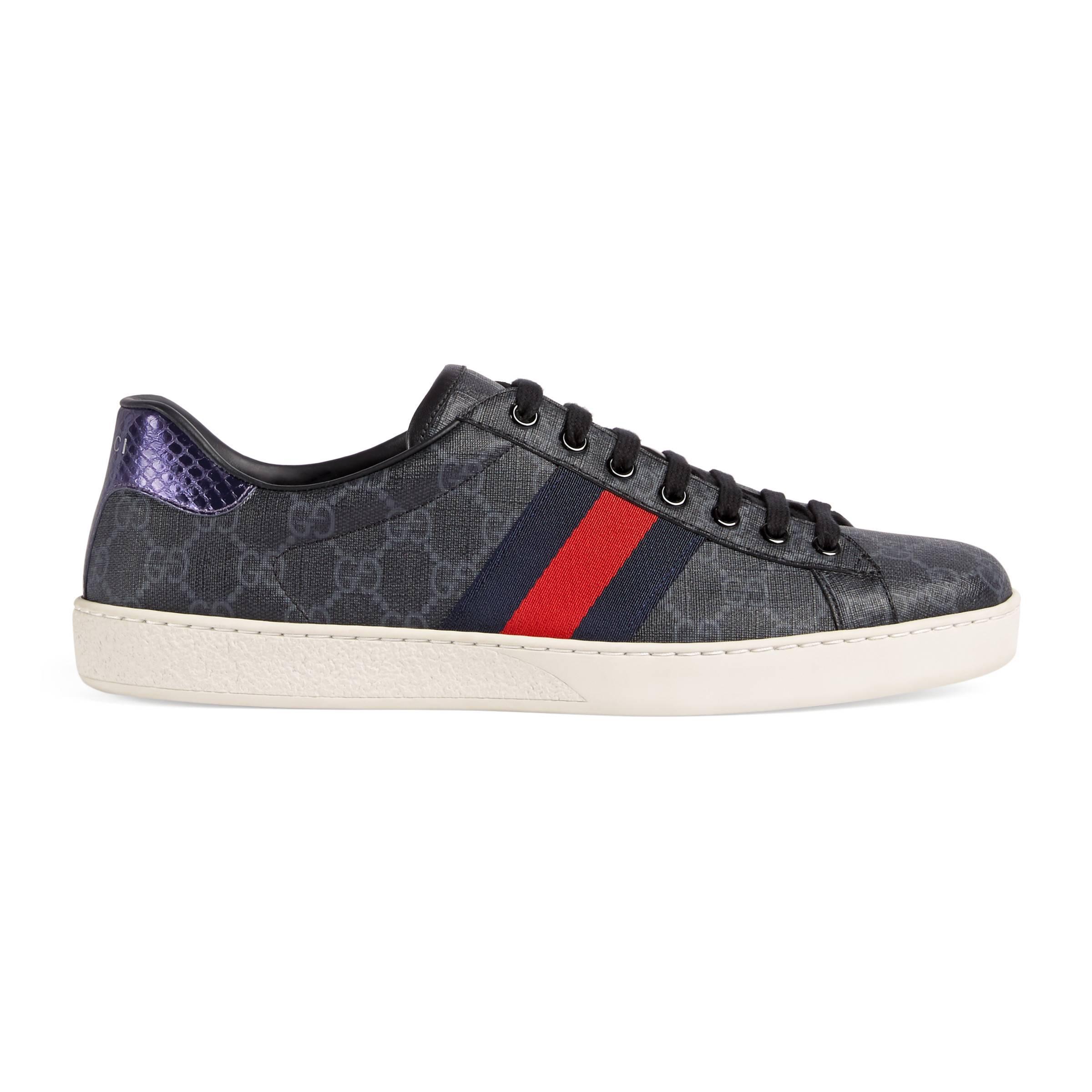 6189980ab55 Lyst - Baskets Ace GG Supreme Gucci pour homme en coloris Noir - 44 ...