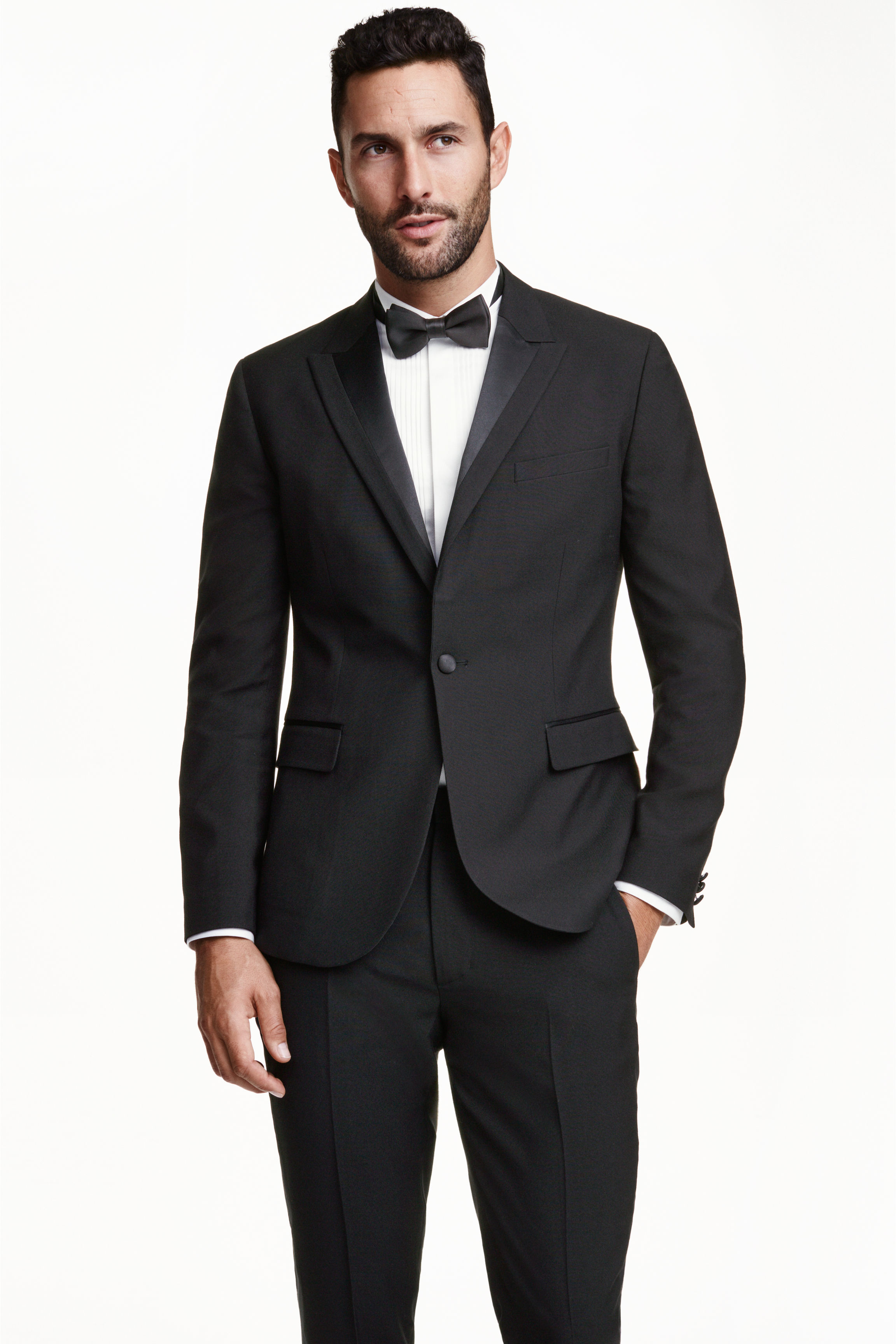 The traditional dinner jacket is made of black wool, with ribbed-silk or satin lapels but without vents. The lapel can either be the peaked lapel as seen in the evening tailcoat, or the shawl lapel associated with a smoking exeezipcoolgetsiu9tq.cf you choose the peaked lapel, it is immaterial whether the jacket is .