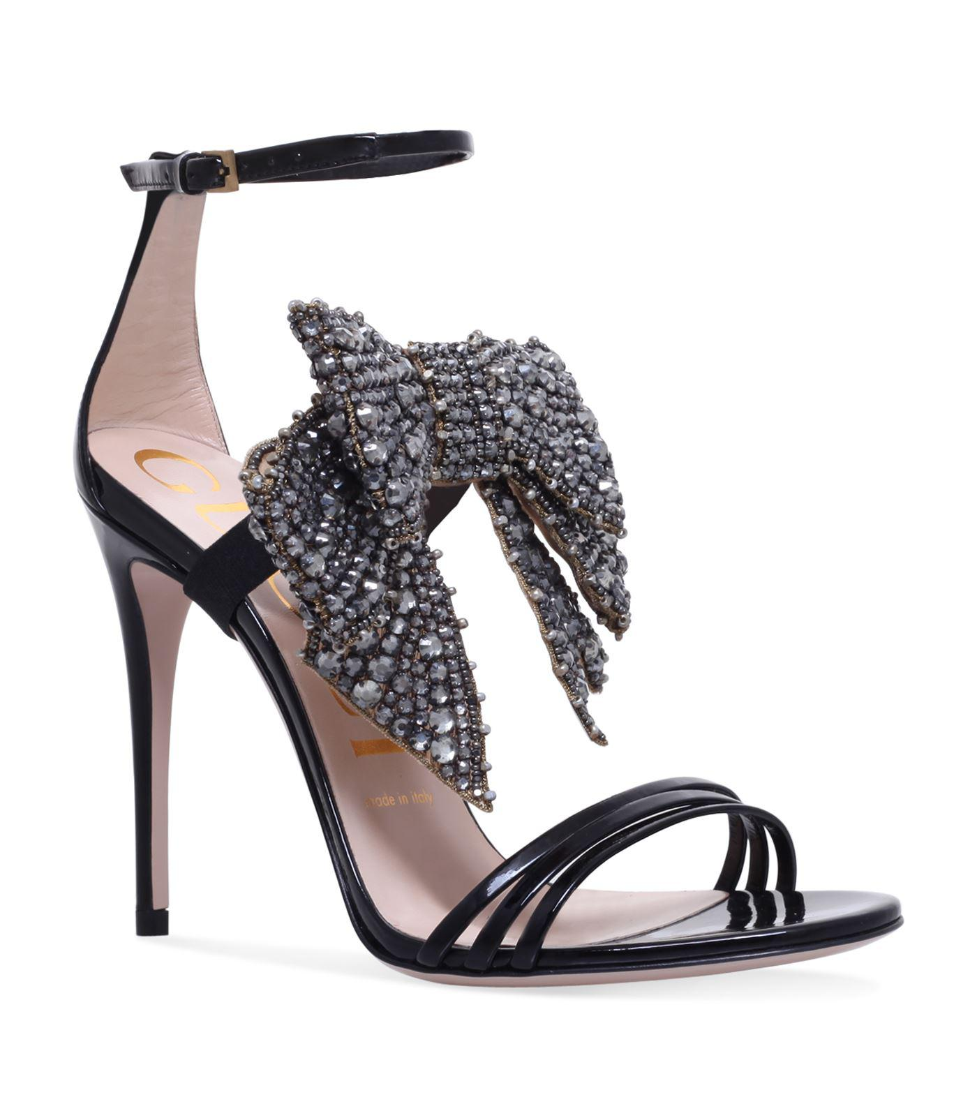 b5177438a520 Gucci Ilse Bow Sandals 110 in Black - Lyst