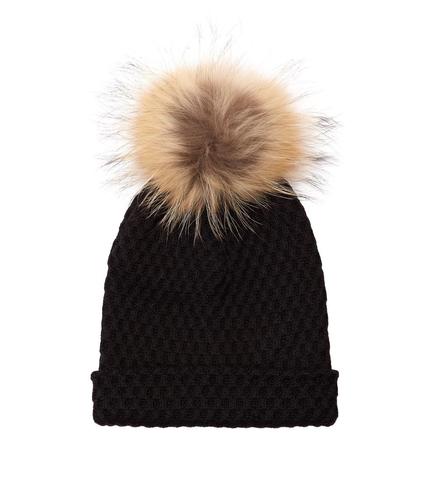 dcb17d01cd3 Claudie Pierlot Pom Pom Beanie Hat in Black - Lyst