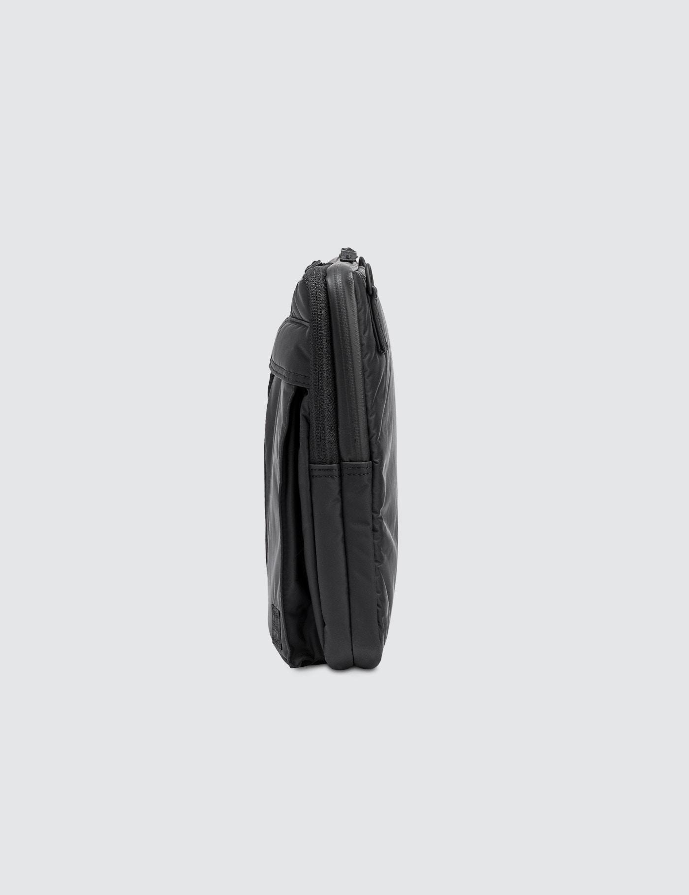 ... Head Porter Black Beauty Business Document Shoulder Bag 13 I los  angeles 00576 af228 ... 2546ec47ff818