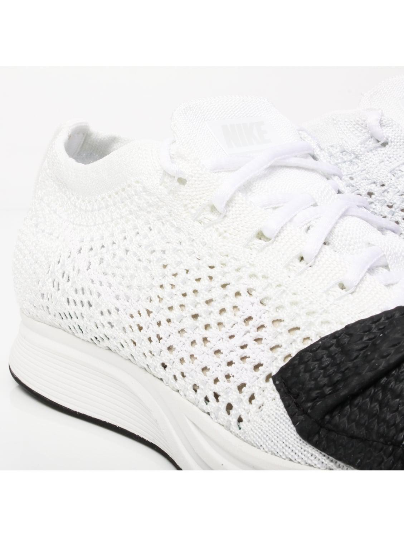 105fdabcbd9 Comme des Garçons Nike Flyknit Bow Racer White in White - Lyst