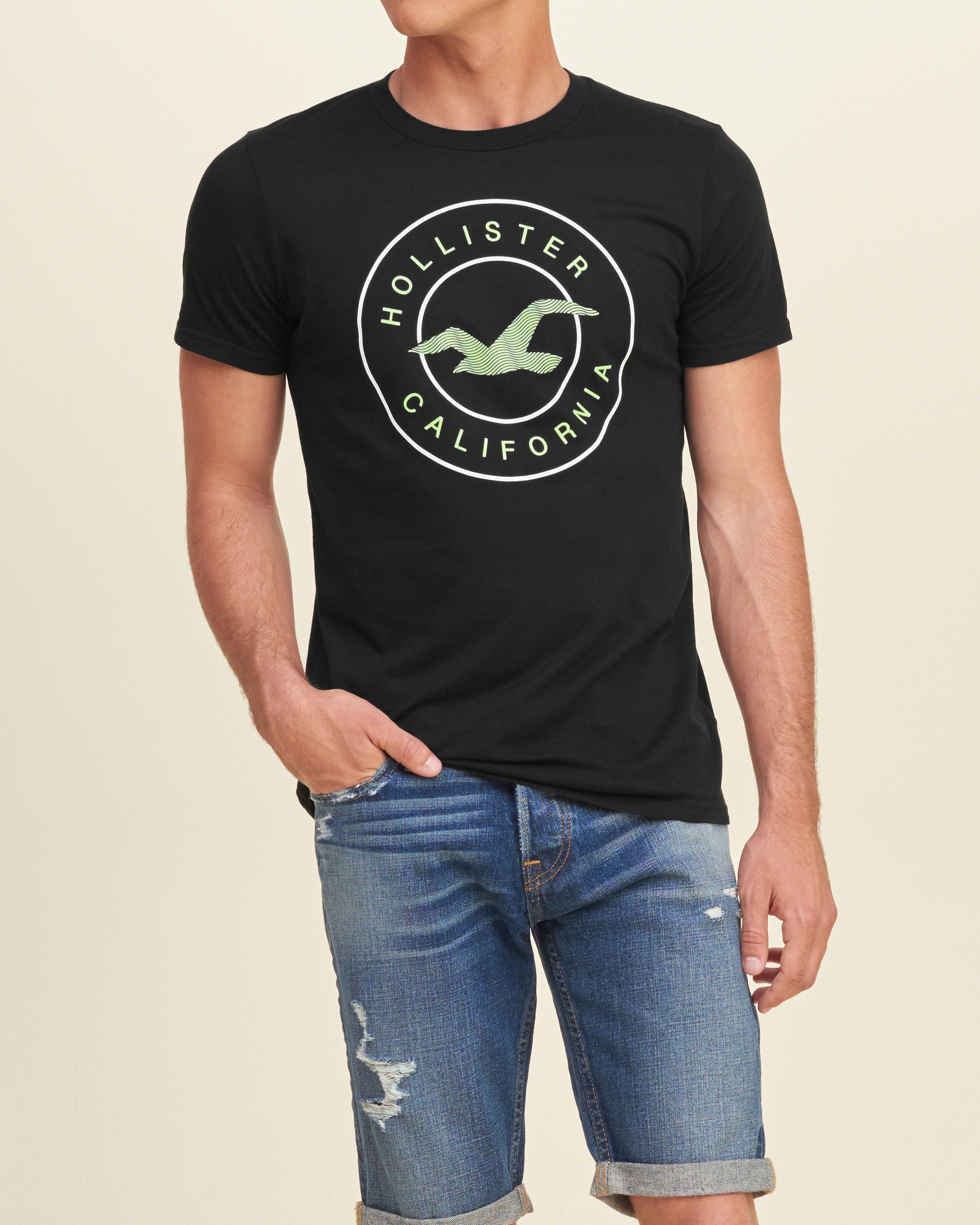 Hollister Logo Graphic Tee In Black For Men
