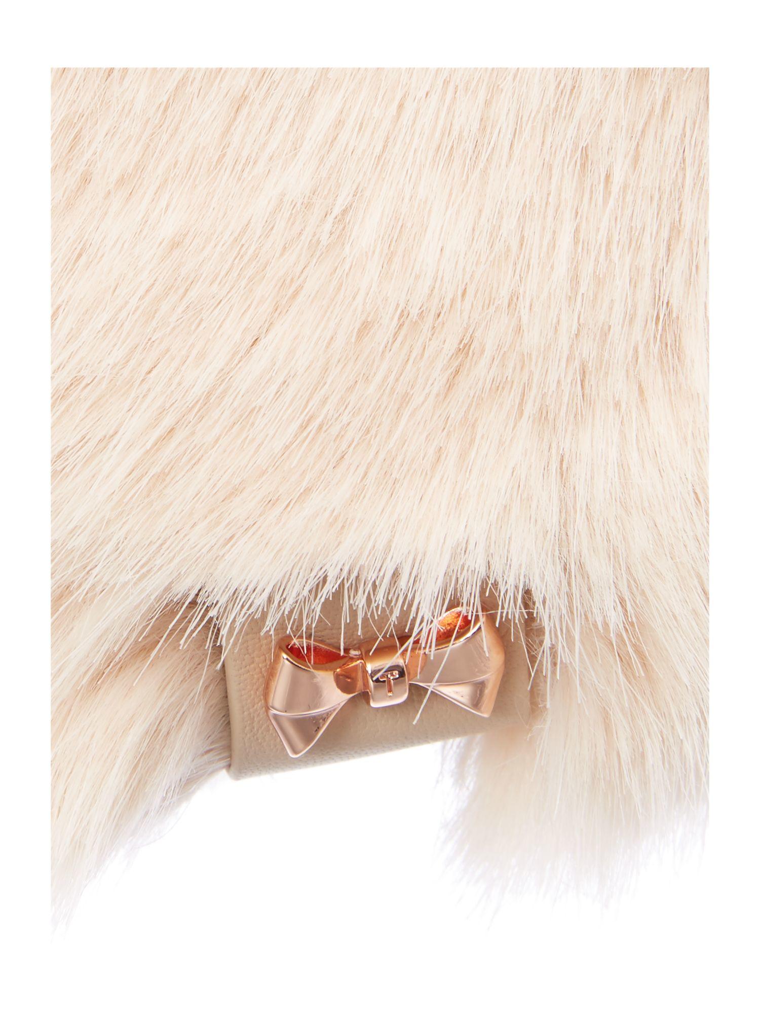 Ted baker wande mini bow detail faux fur hat in pink lyst - Trendfarben fur wande ...
