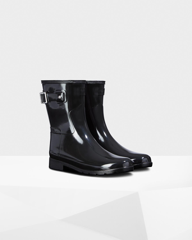 f9e94c6aad70 Lyst - HUNTER Original Leopard Print Lining Refined Short Rain Boots ...