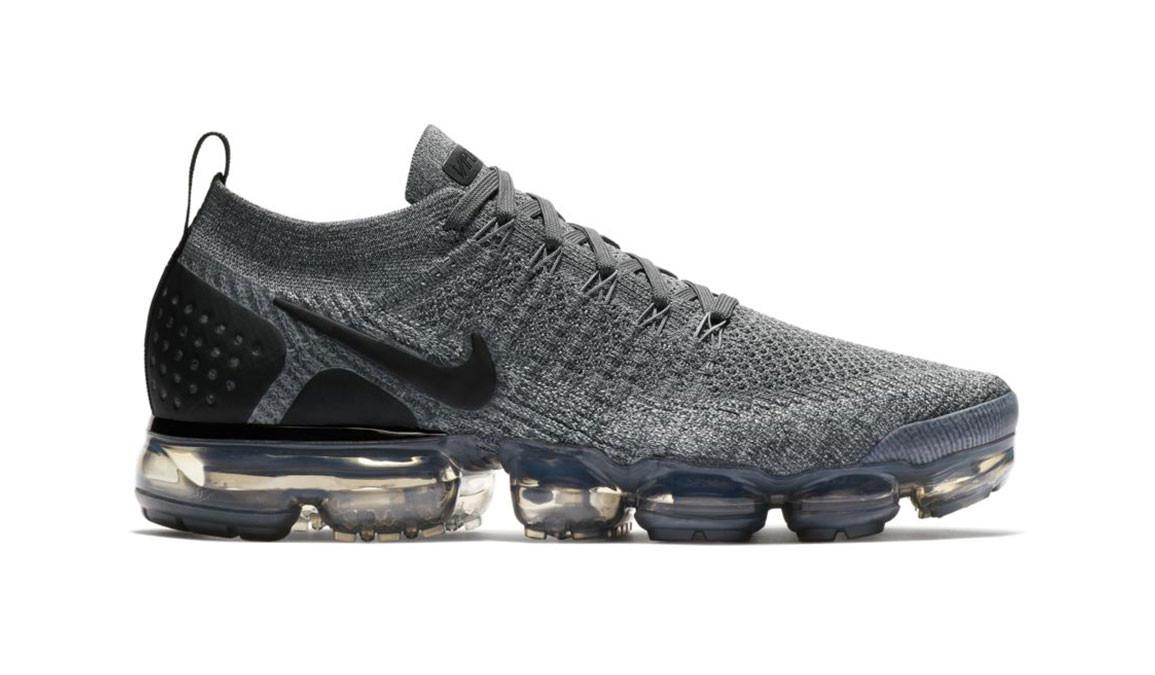 57960a67924fe Lyst - Nike Air Vapormax Flyknit 2 Running Shoes in Gray for Men