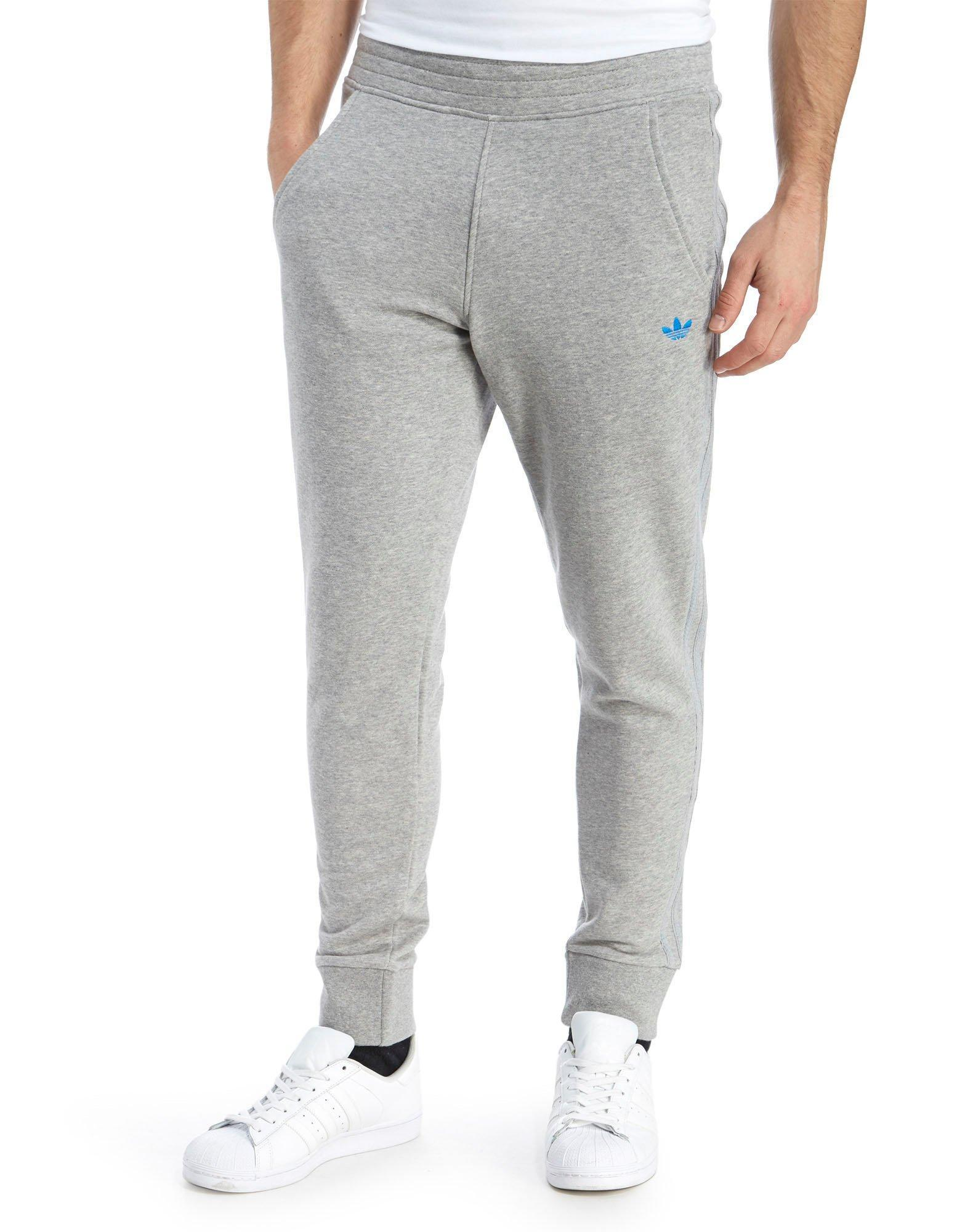 On-seam side pockets and a Velcro® back pocket make these sweatpants even better. Elastic waistband with inside drawstring ; Soft cotton/polyester ; Machine wash; imported ; Big inseam length abt. 29