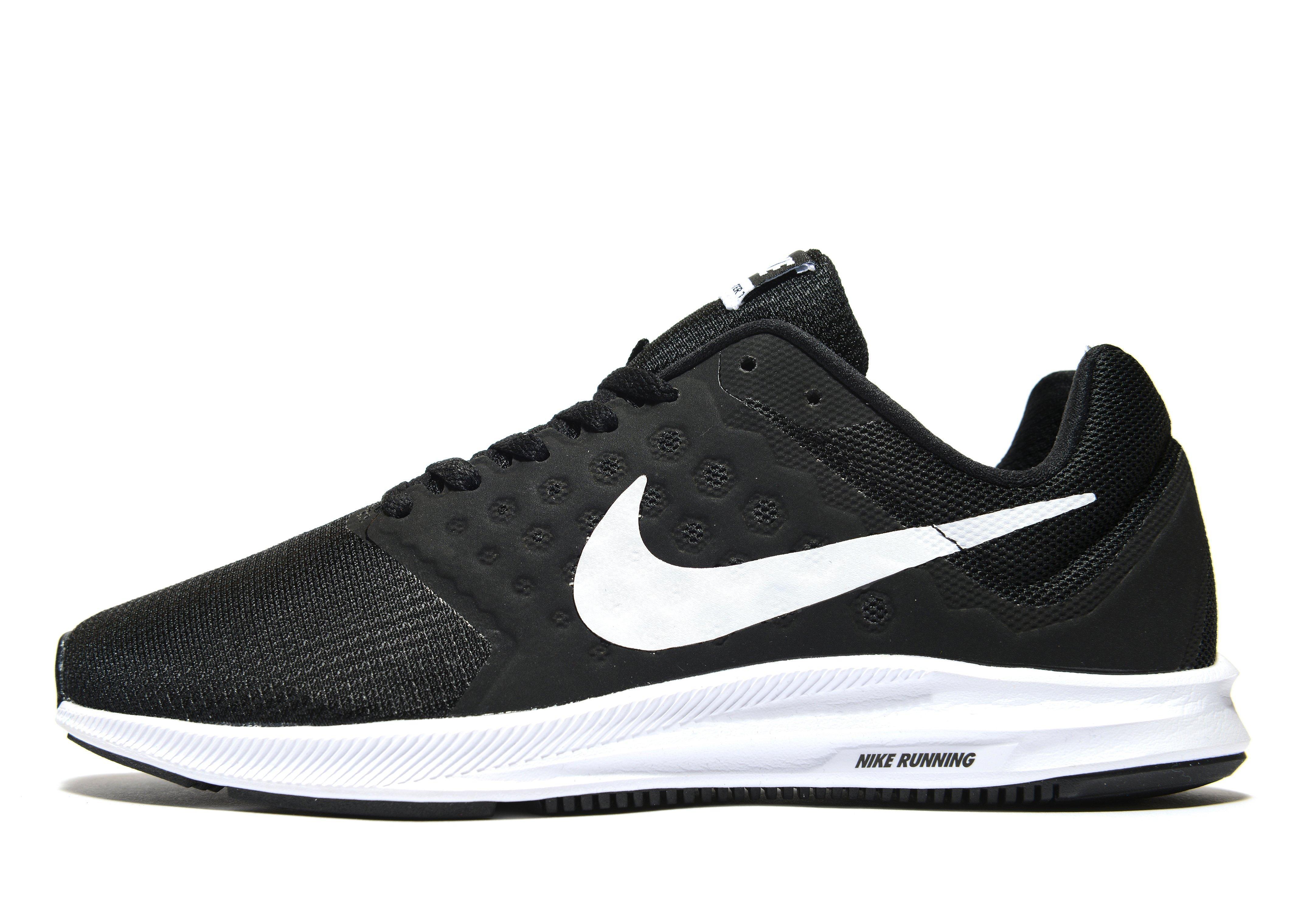 Nike Maroon Running Shoes Price in India- Buy Nike Maroon