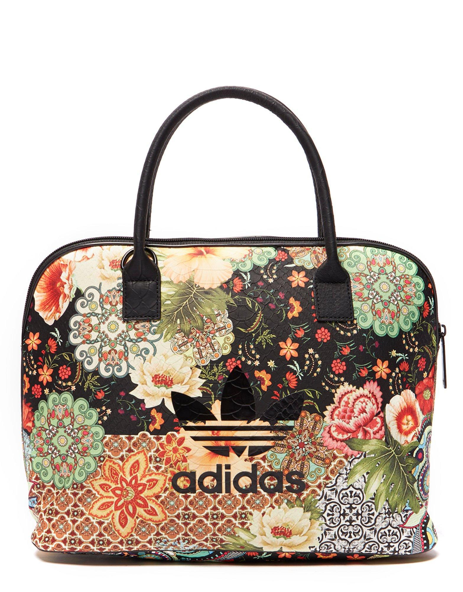 d4d526270465 Gallery. Previously sold at  JD Sports · Women s Bowling Bags ...