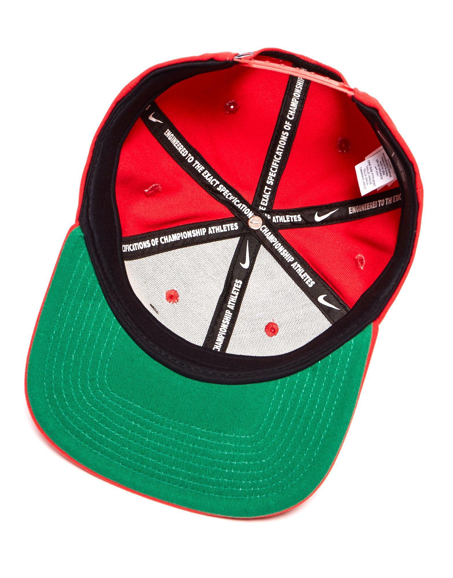 754e1e82f48 Nike Futura True 2 Snapback Cap in Red for Men - Lyst