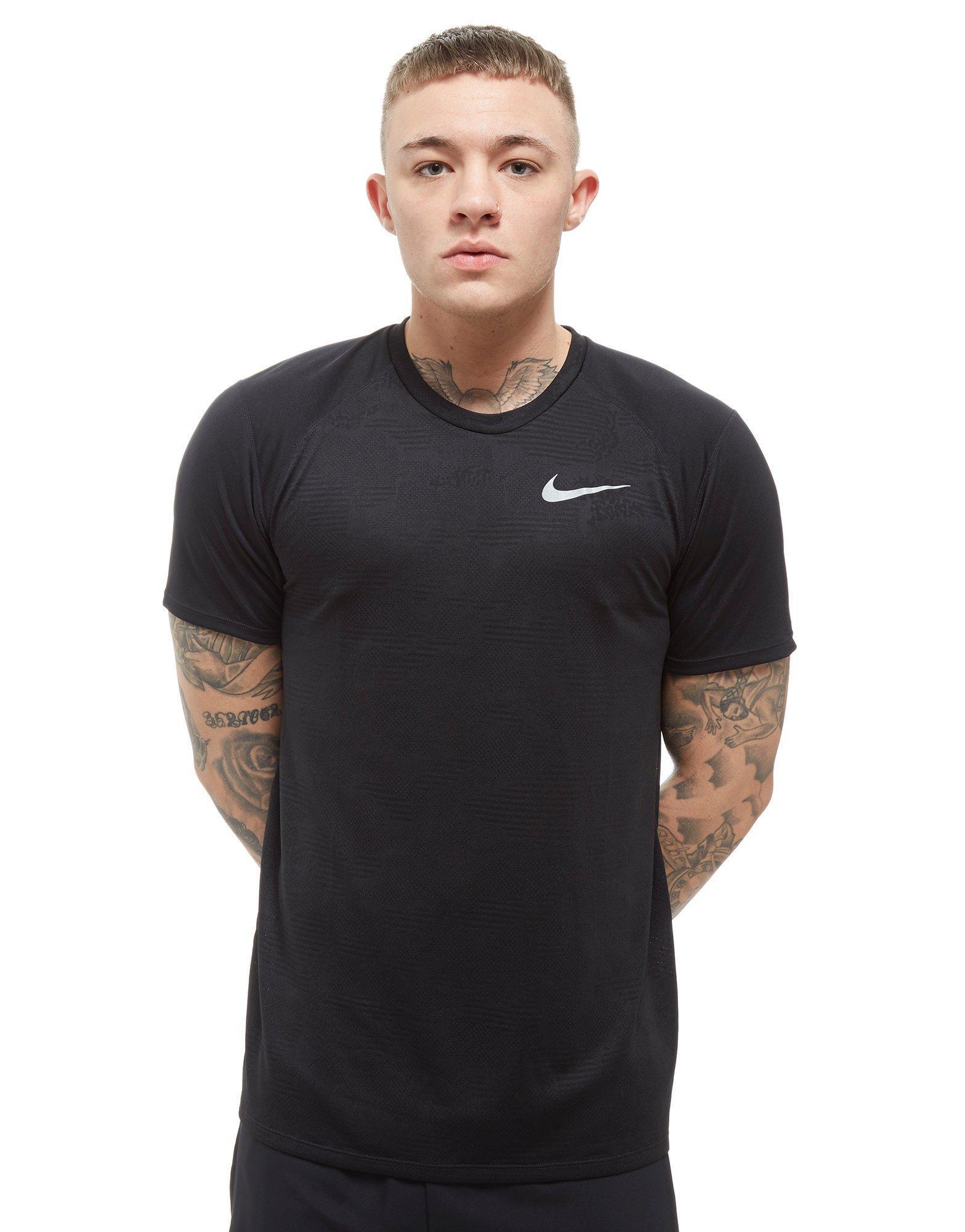 Lyst Nike Breathe Miler T Shirt In Black For Men