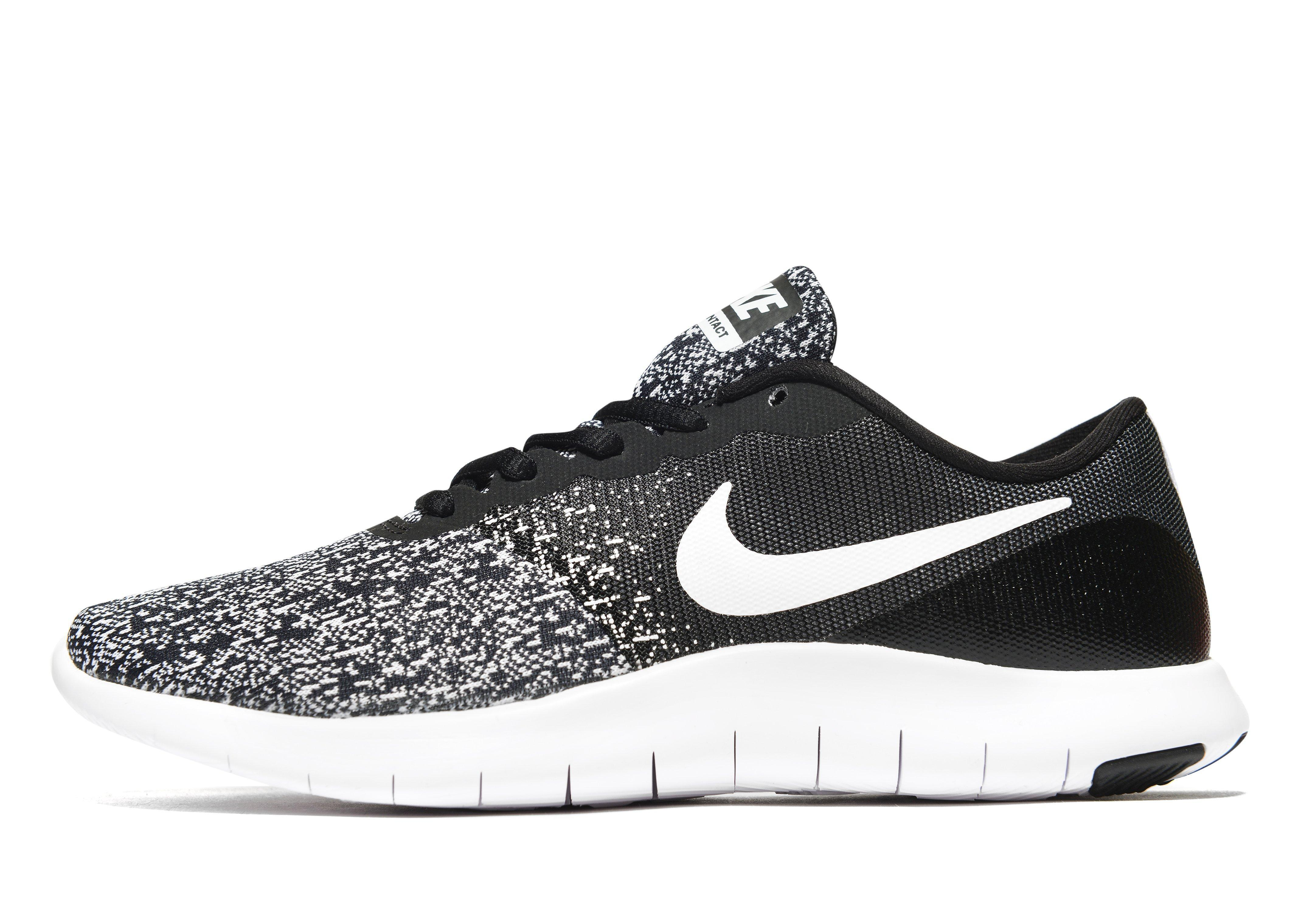 Low Top Nike Running Shoes