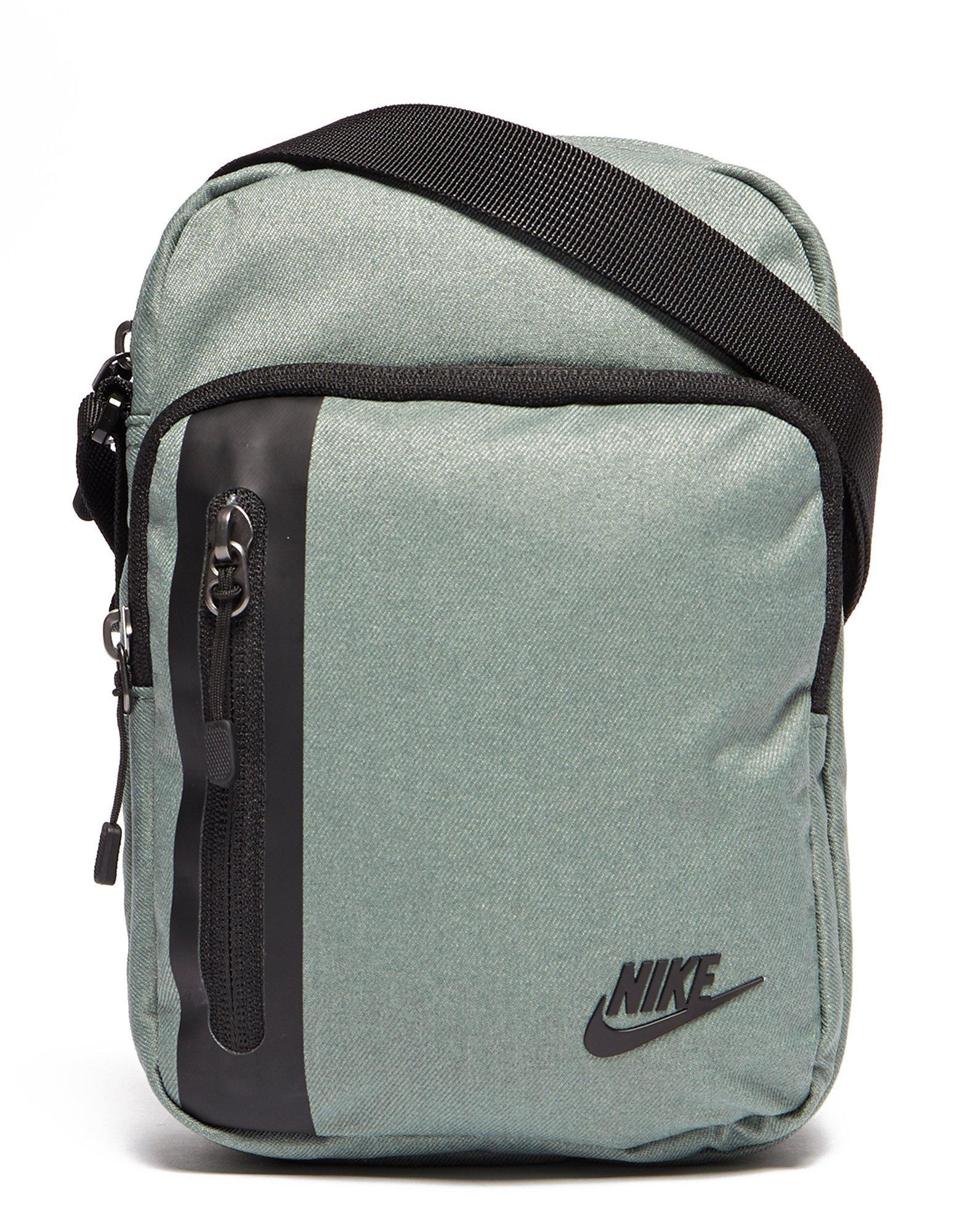 Sports Direct Nike Small Items Bag   ReGreen Springfield 816a84acb8