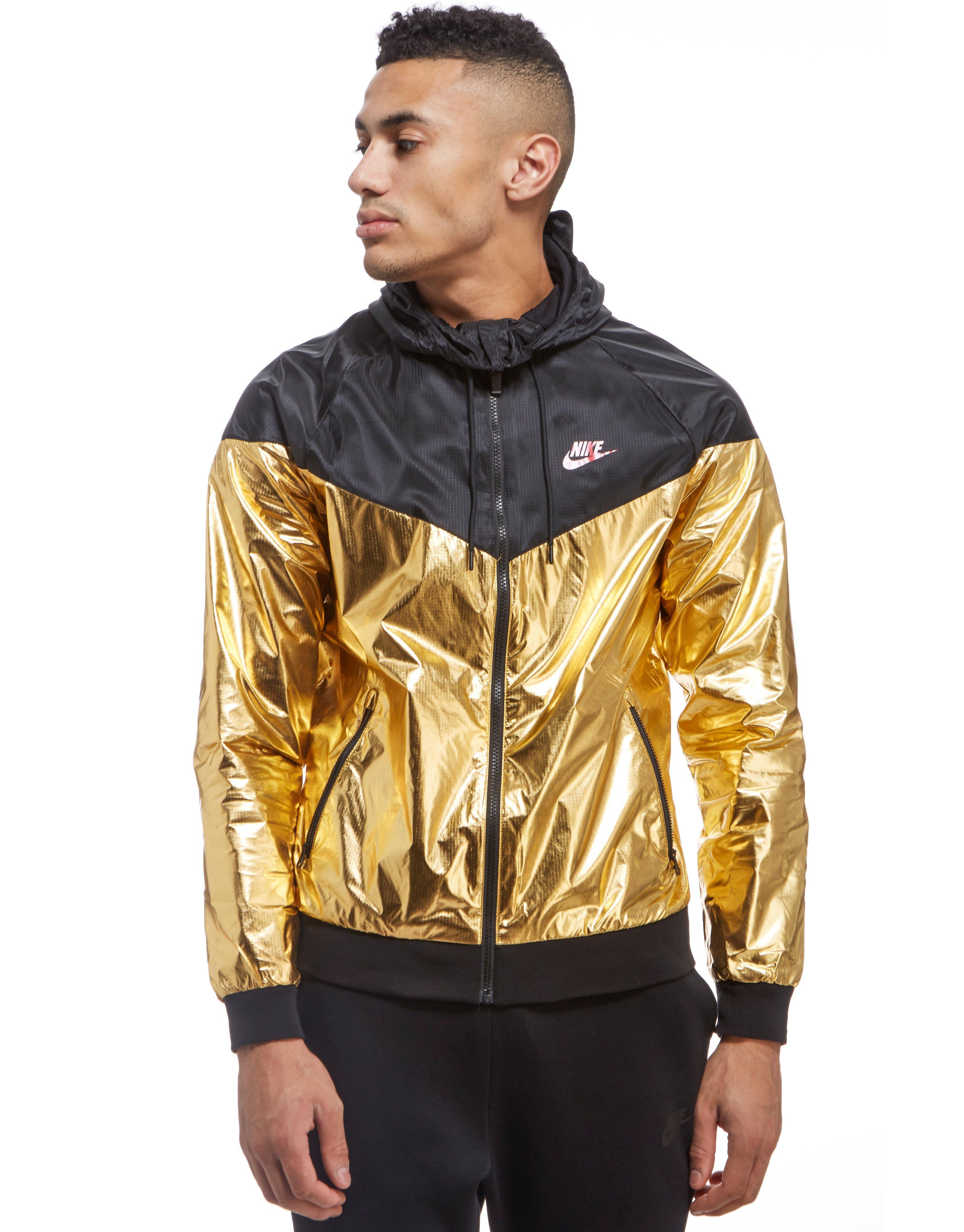 37f19f9486bd ... Sportswear Windrunner Mens Jacket Nike. Mens Metallic Windrunner Foil  Jacket ...