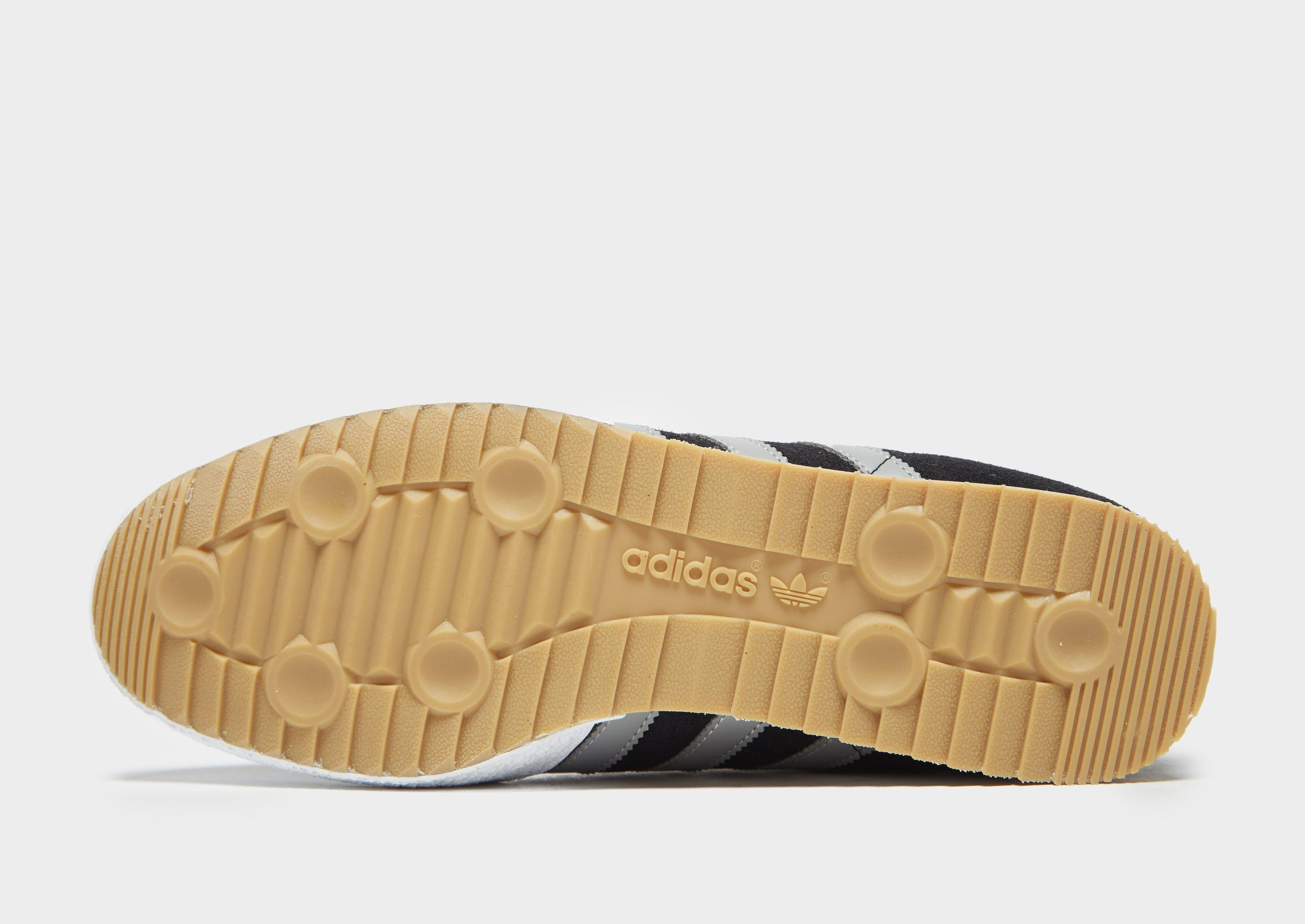 f68ca289bb1970 Lyst - adidas Originals Samba Super Trainers Black white gum in ...