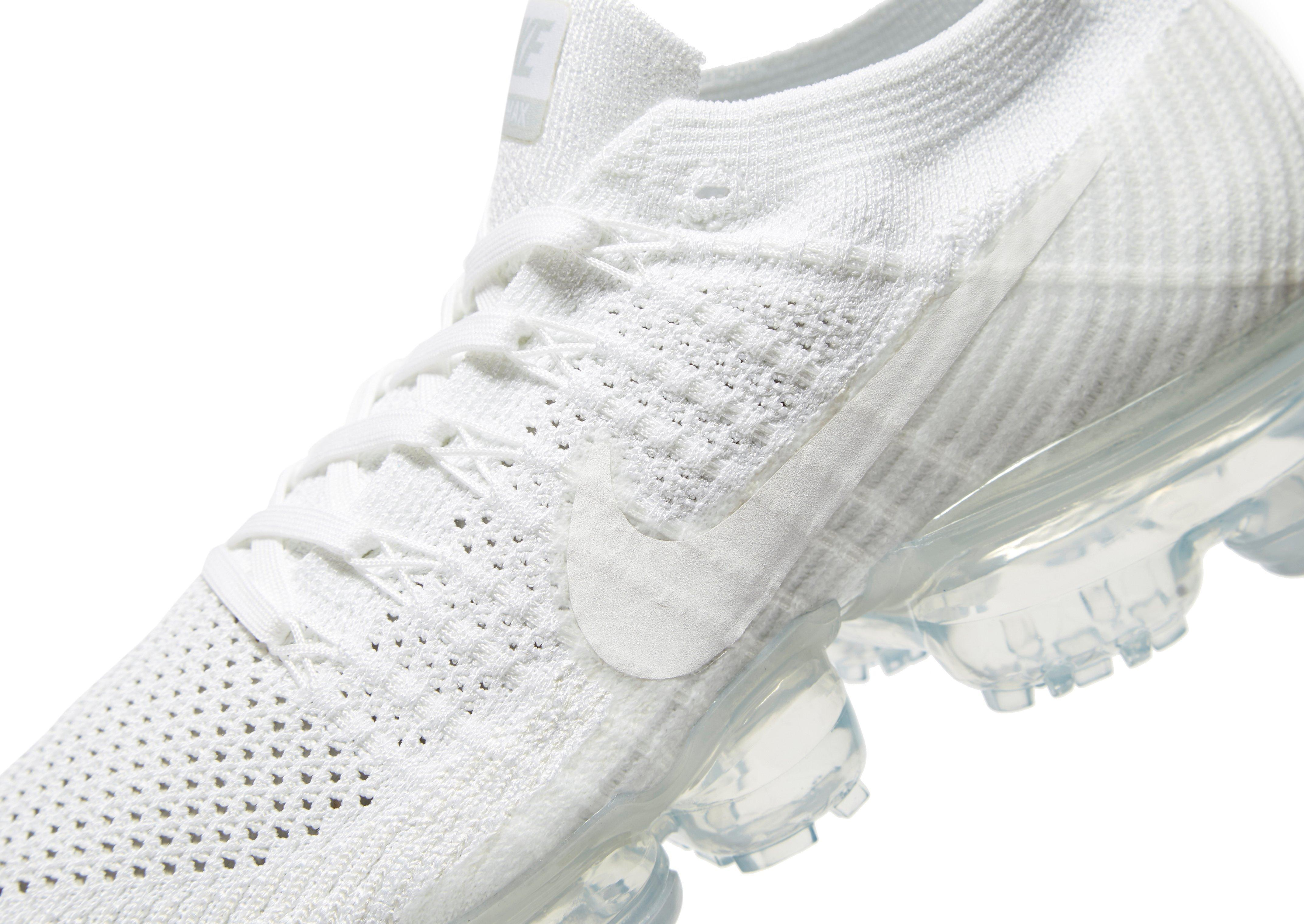 lowest price afd3b 7496a Nike White Air Vapormax Flyknit