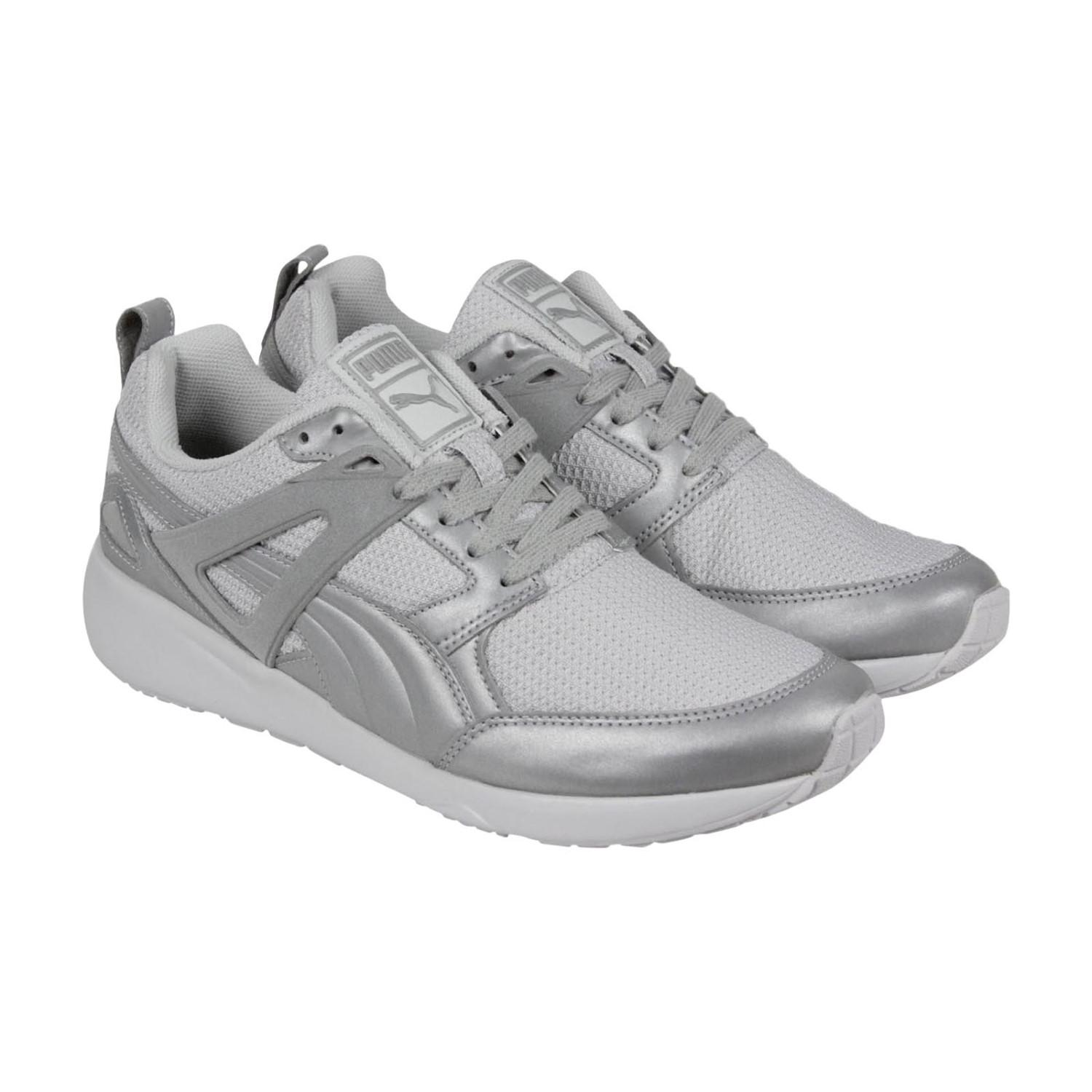 PUMA. Men's Gray Arial Reflective Silver Metallic Lace Up Sneakers