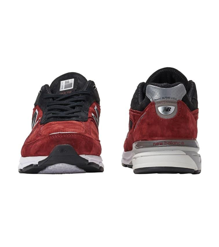 finest selection 47271 374fc New Balance 990 Running Sneaker in Red for Men - Lyst