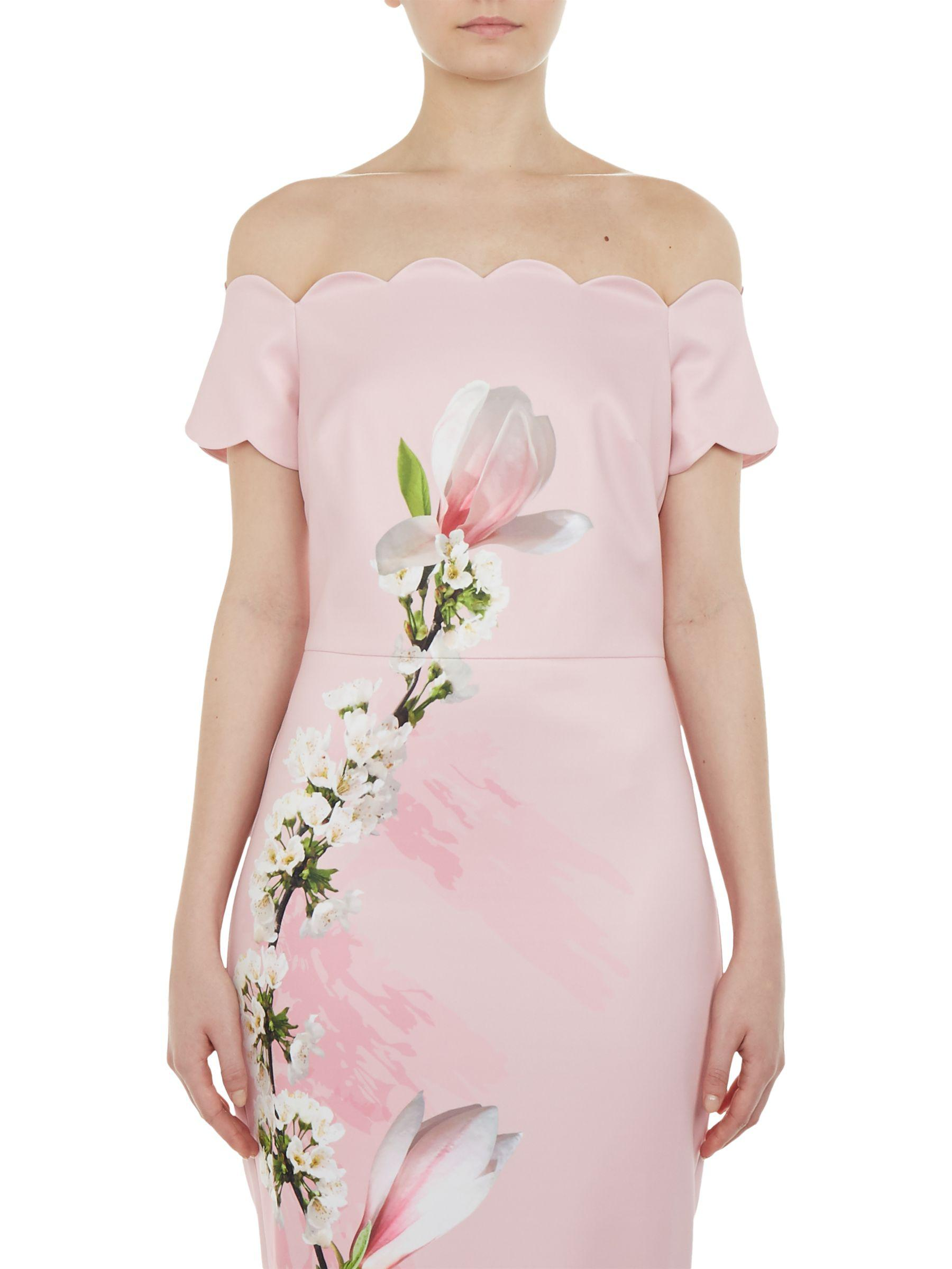 90e61481c17f86 Ted Baker Olyva Scalloped Bodycon Dress in Pink - Lyst