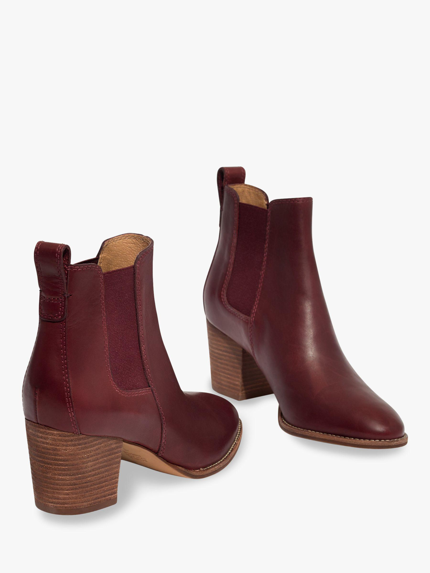 6e92941f7 Madewell - Red Regan Leather Chelsea Ankle Boots - Lyst. View fullscreen