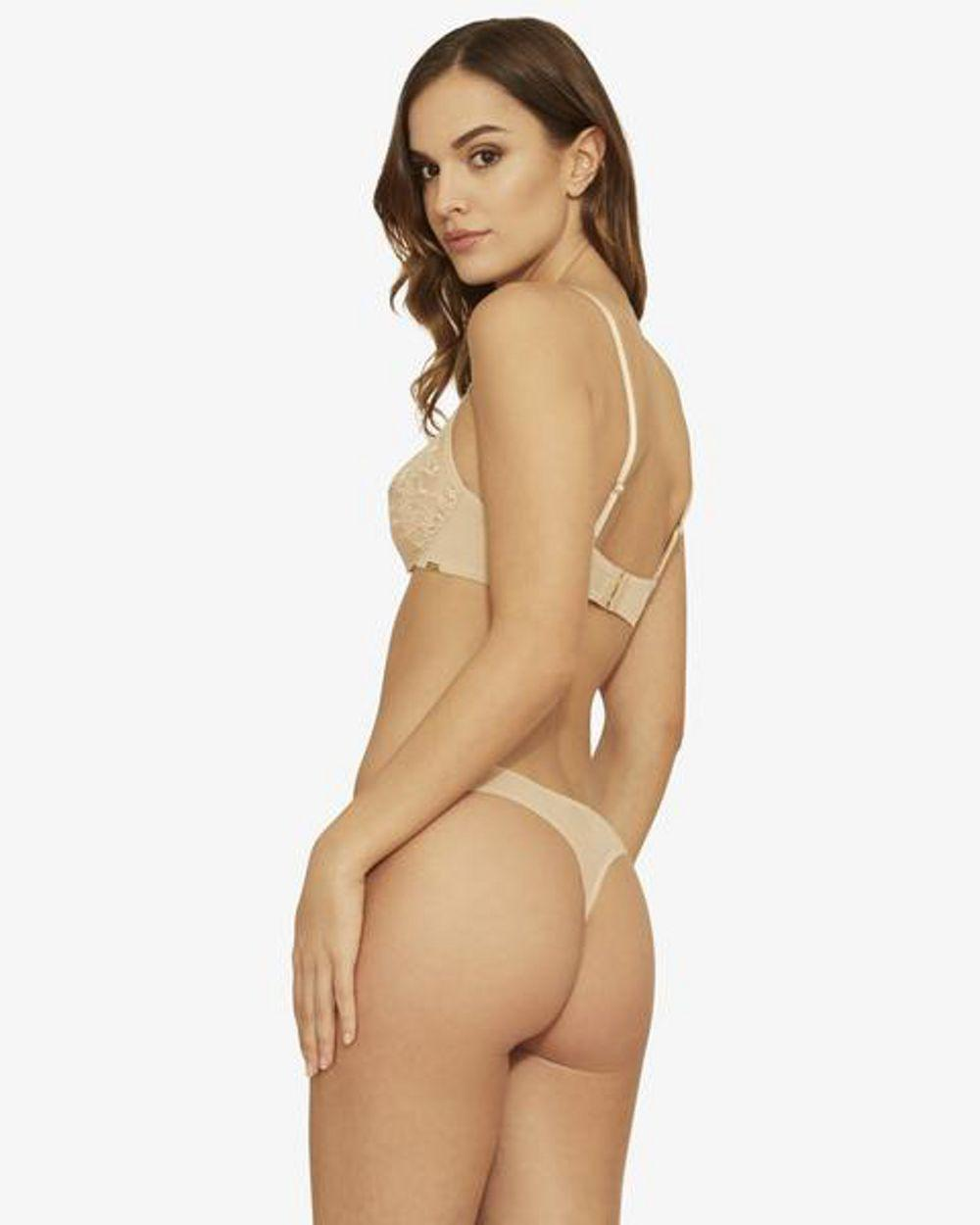 f006883e36 Lyst - Gossard Glossies Lace Thong in Natural