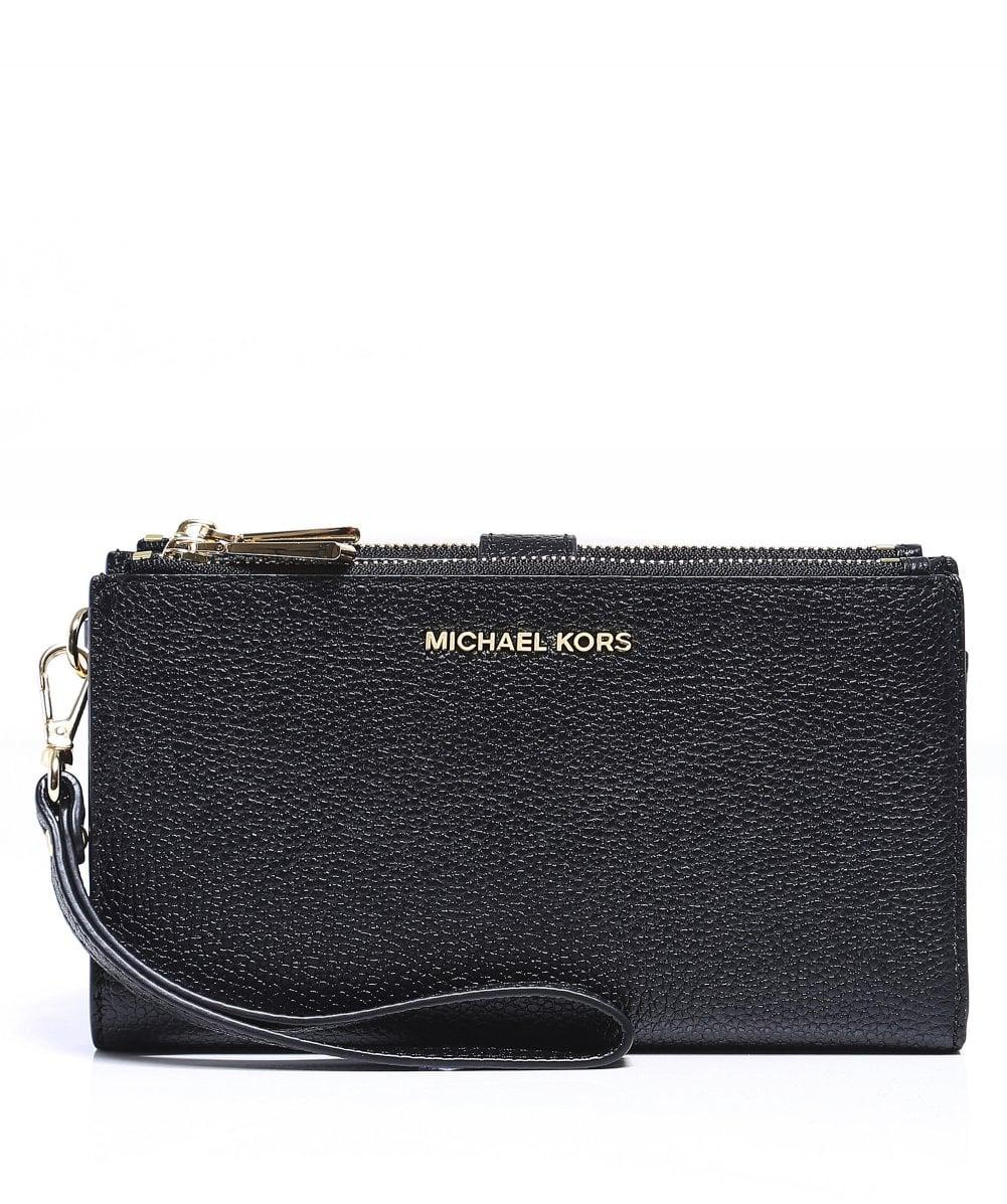 269cad9daf0f5 MICHAEL Michael Kors Mercer Pebble Phone Wristlet in Black - Lyst