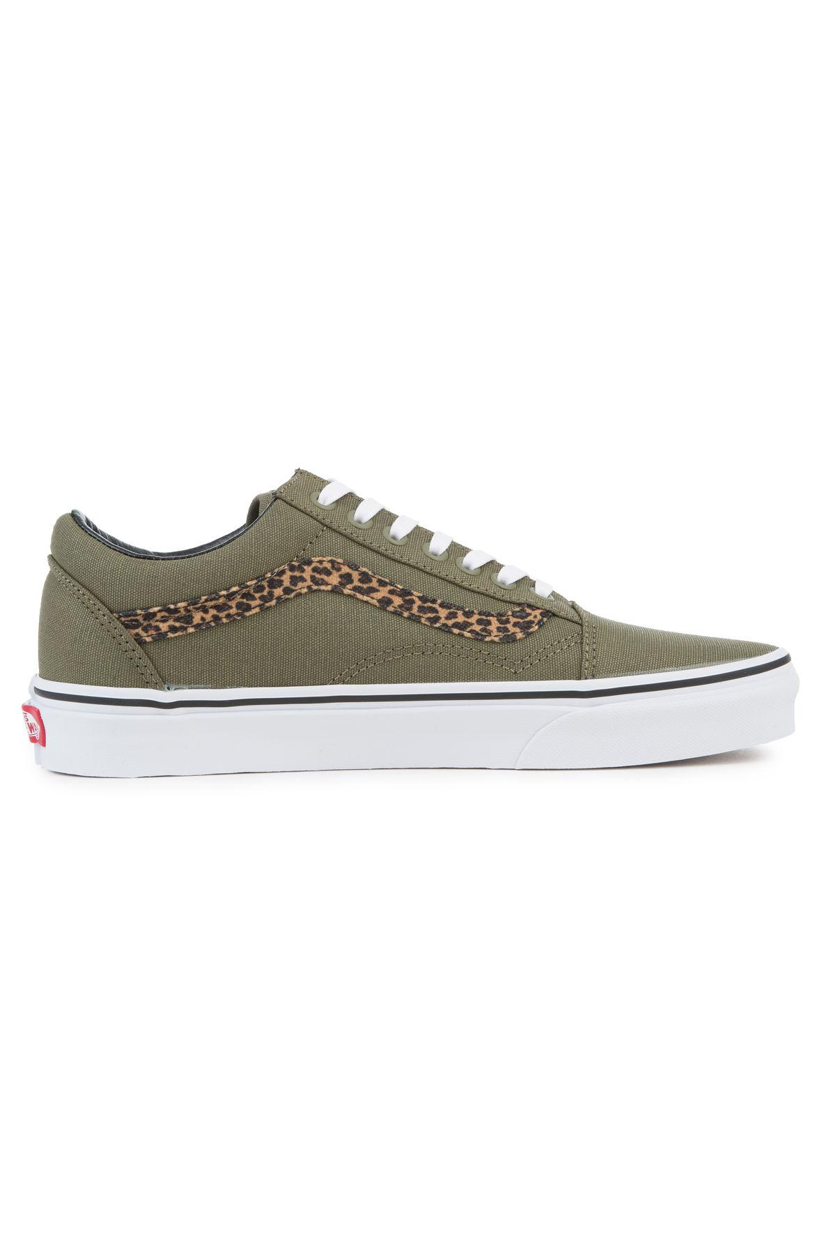 f44eaab222be96 Lyst - Vans The Women s Mini Leopard Old Skool In Army Green And ...