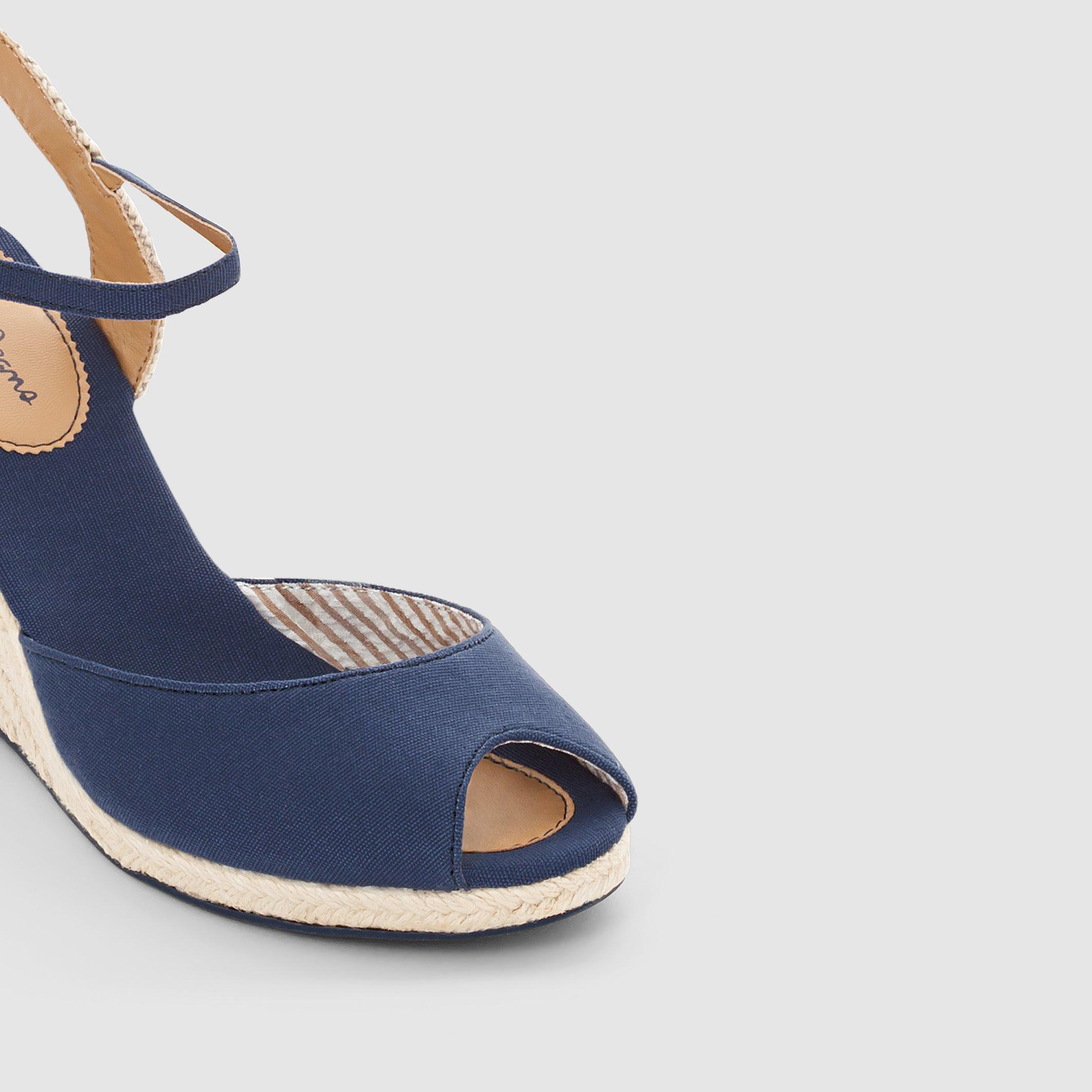 Pepe jeans Shark Fun Wedge Heel Sandals in Blue | Lyst