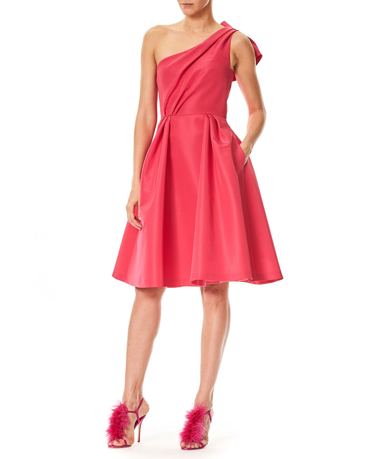 b8c8f57d023 Carolina Herrera - Red One-shoulder Cocktail Dress With Back Bow Detail -  Lyst. View fullscreen