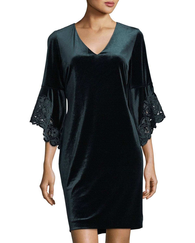 78882c6c Tahari Velvet Bell-sleeve Shift Dress in Green - Lyst
