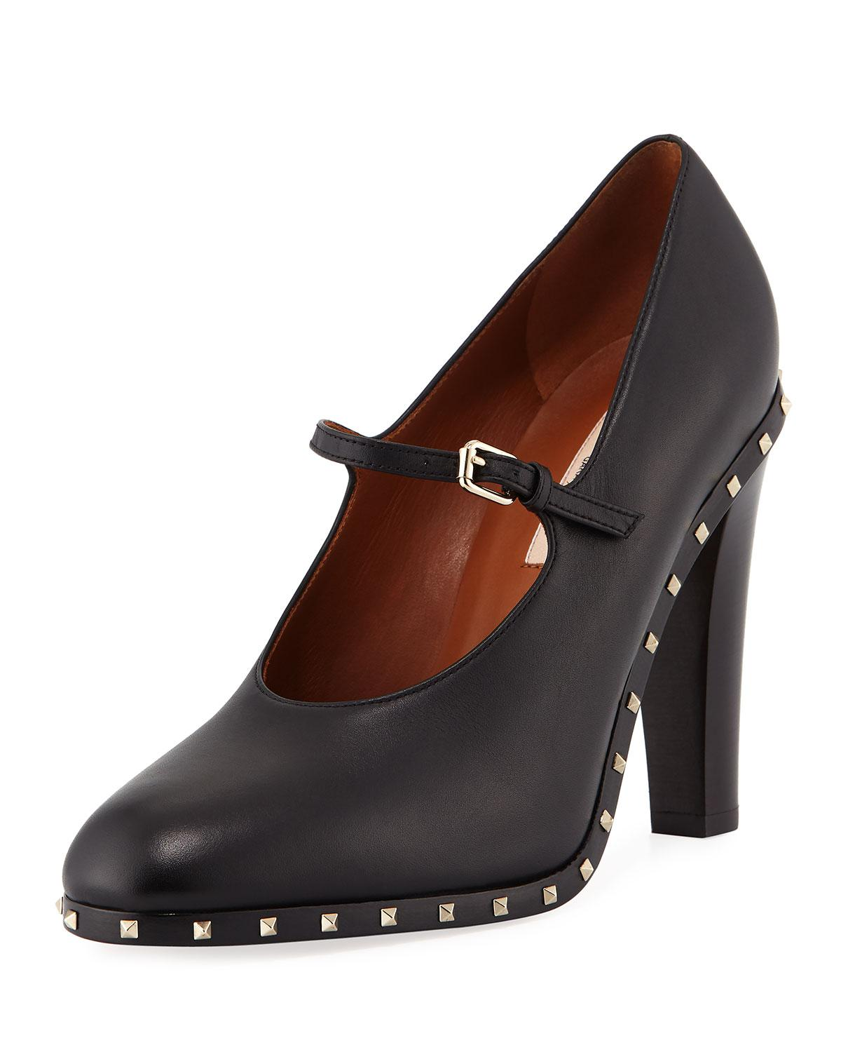 cab0719993 Lyst - Valentino Soul Rockstud Leather Mary Jane Pumps in Black