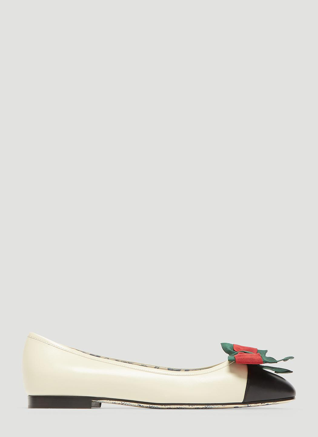 01bb2b112ae0ad Gucci Leather Ballet Flat With Web Bow in White - Lyst