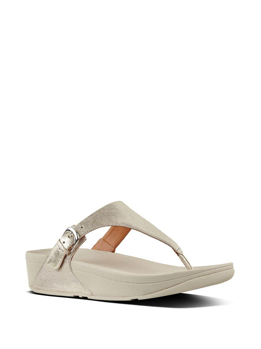 27e6d9dde Lyst - Fitflop Skinny Tm Leather Thong Sandals in Metallic