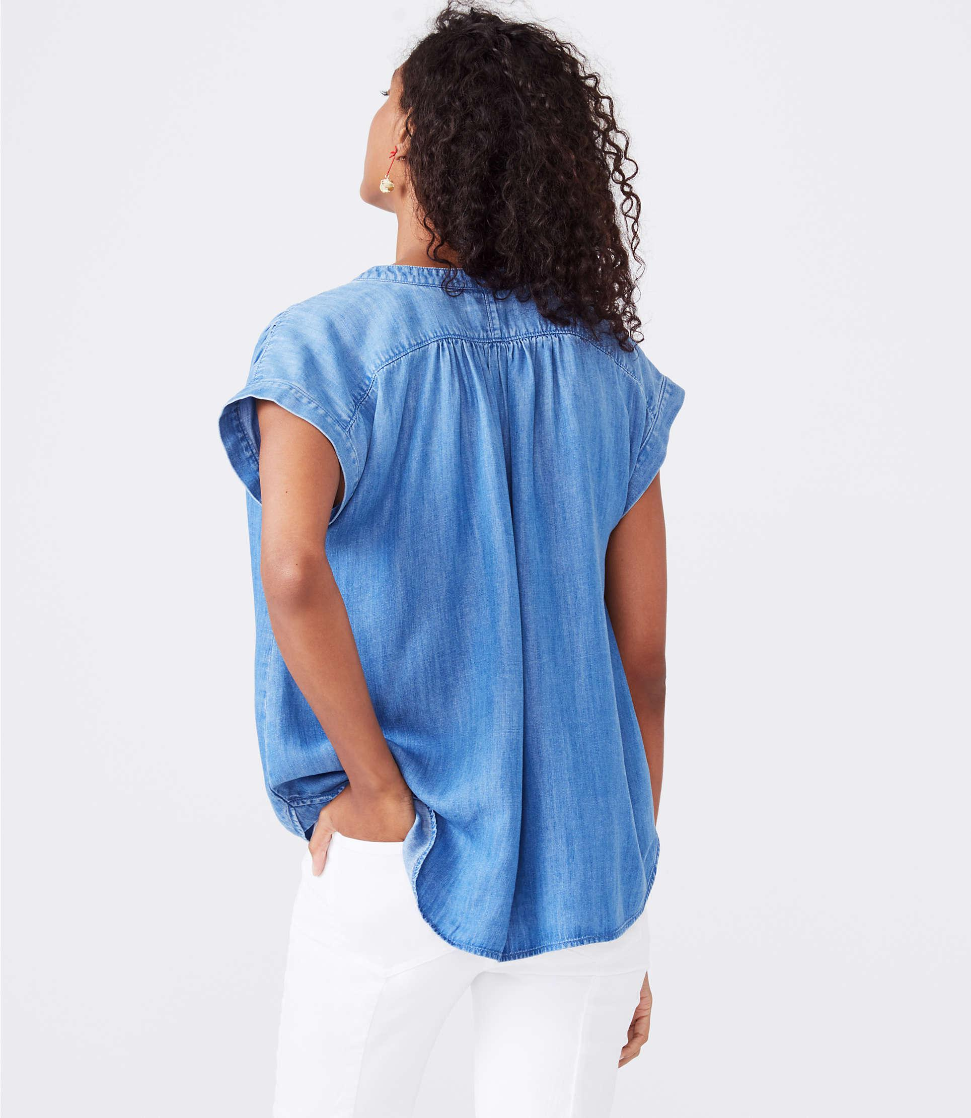 e24a4fb7 Gallery. Previously sold at: Lou & Grey · Women's Denim Tops ...
