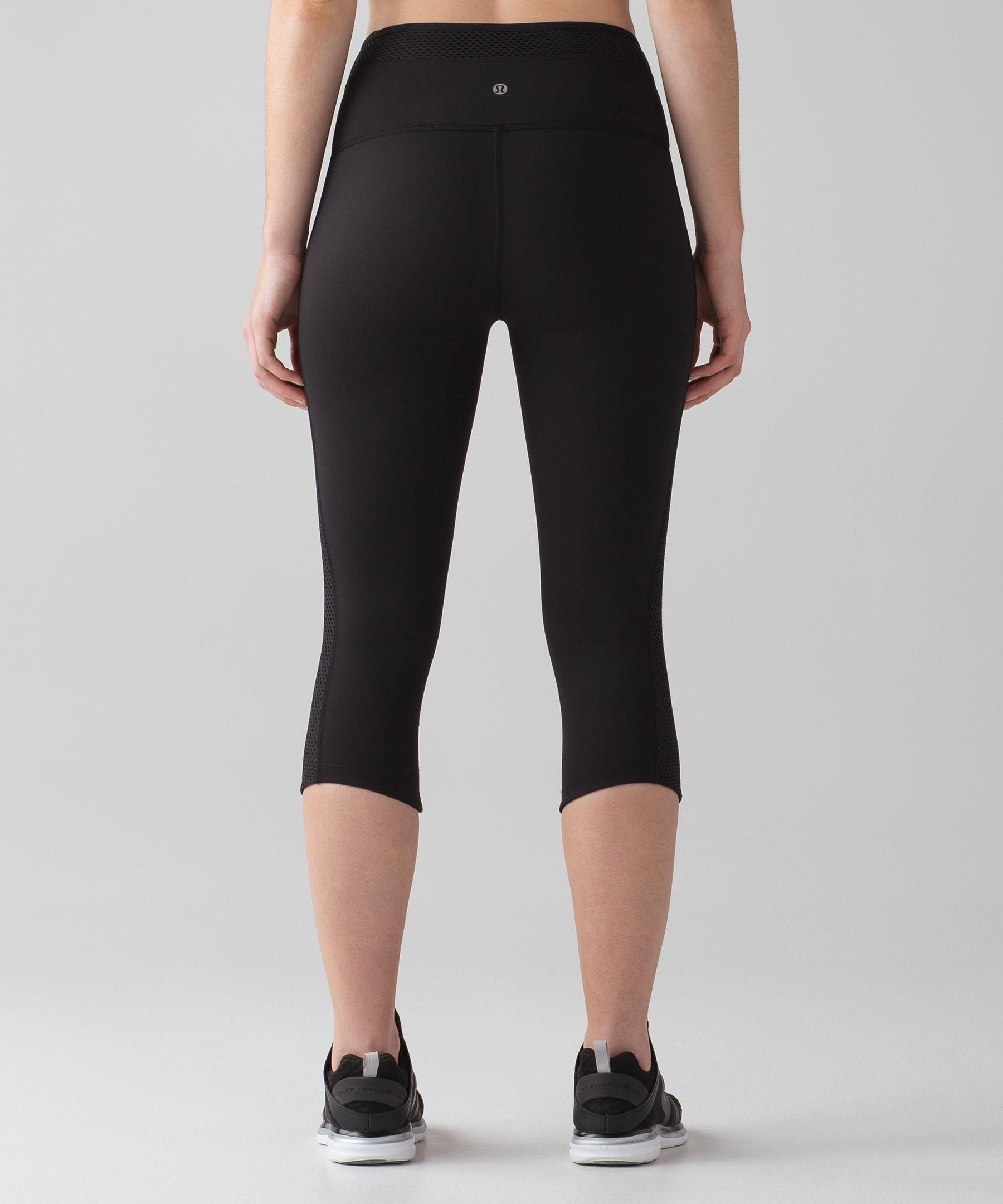 a8e2240f89d6ec Gallery. Previously sold at: lululemon athletica · Women's Gauze Pants  Women's Coated Leggings ...