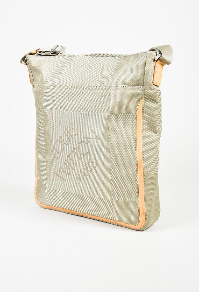 Louis Vuitton Compagnon Brown Terre Damier Geant Canvas Messenger Bag  Shopee Singapore Source · Louis Vuitton Taupe Damier Geant Canvas   Leather  compagnon 9b7e4bd3b6af9