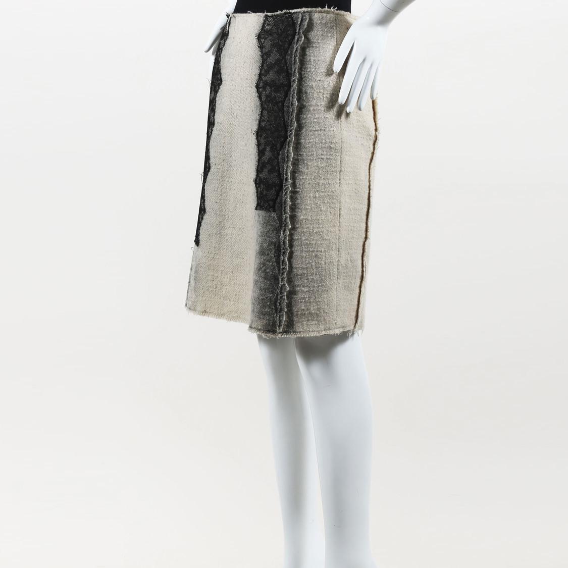 dd2cc9b2f3 Bottega Veneta Cream   Black Wool   Hemp Blend Lace Trimmed Pencil ...