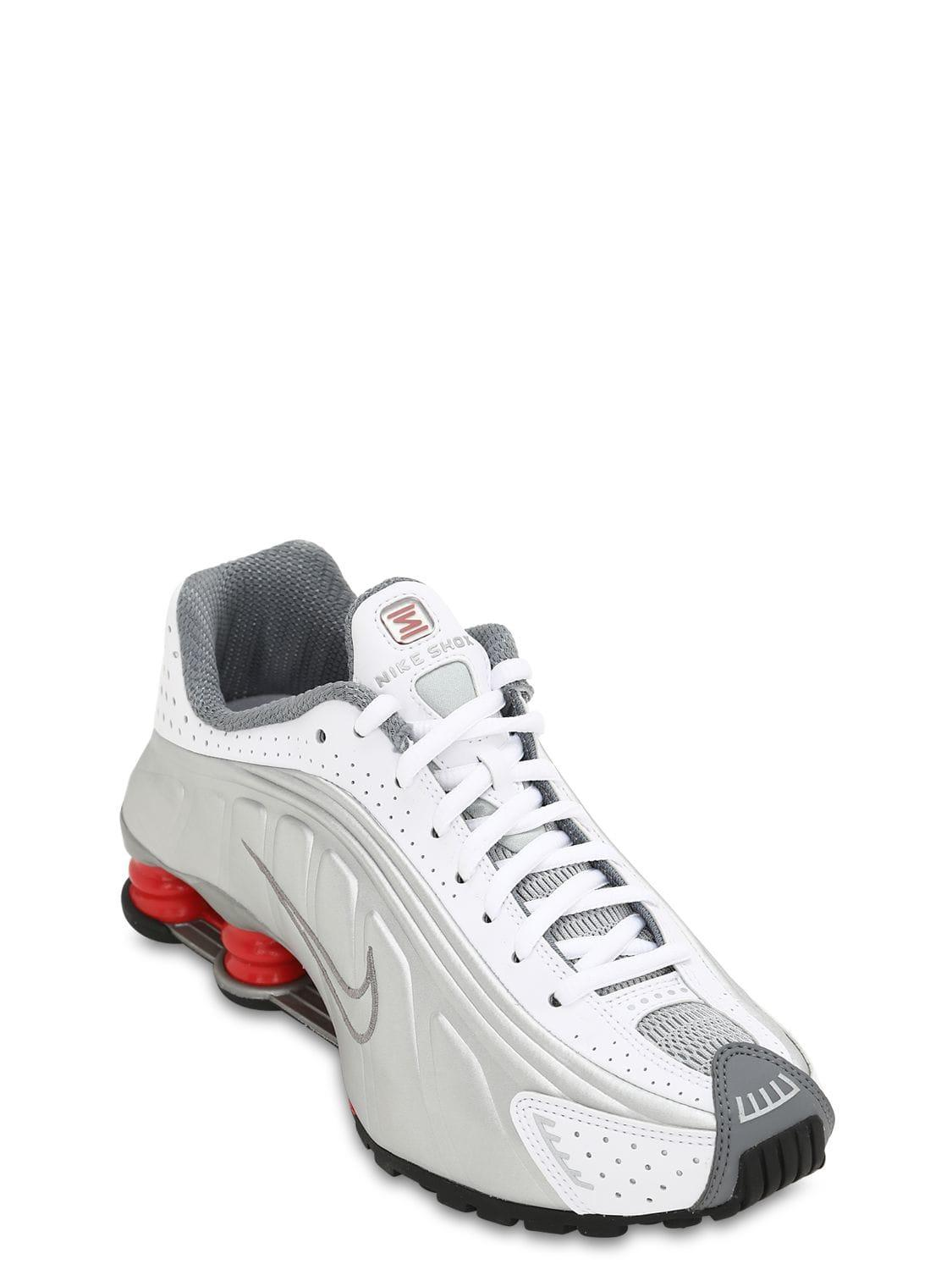 big sale 6028c acc5f Lyst - Nike Shox R4 Sneakers in White