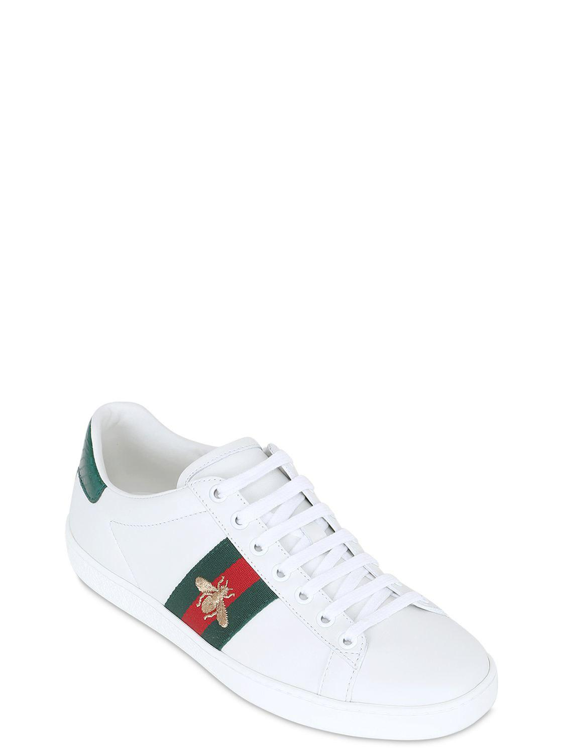 785e1ecd218 Gucci New Ace Embroidered Bee Leather Sneakers in White - Lyst