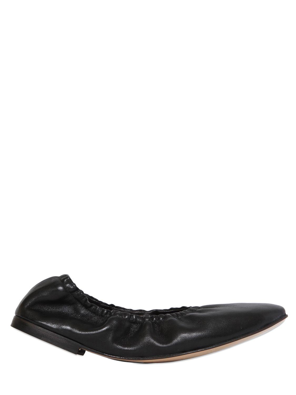 Rose Fan Leather Flat Shoes
