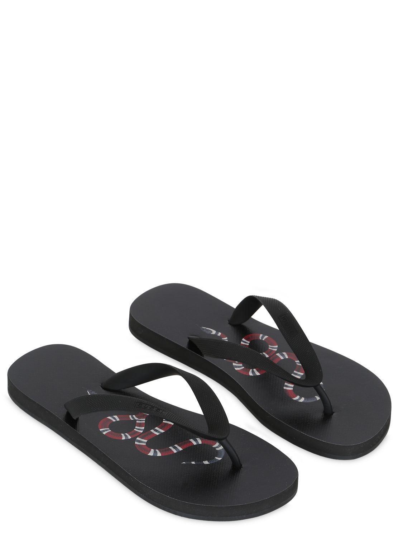 552249ee6a3d5c Lyst - Gucci Rubber Snake Flip Flops in Black