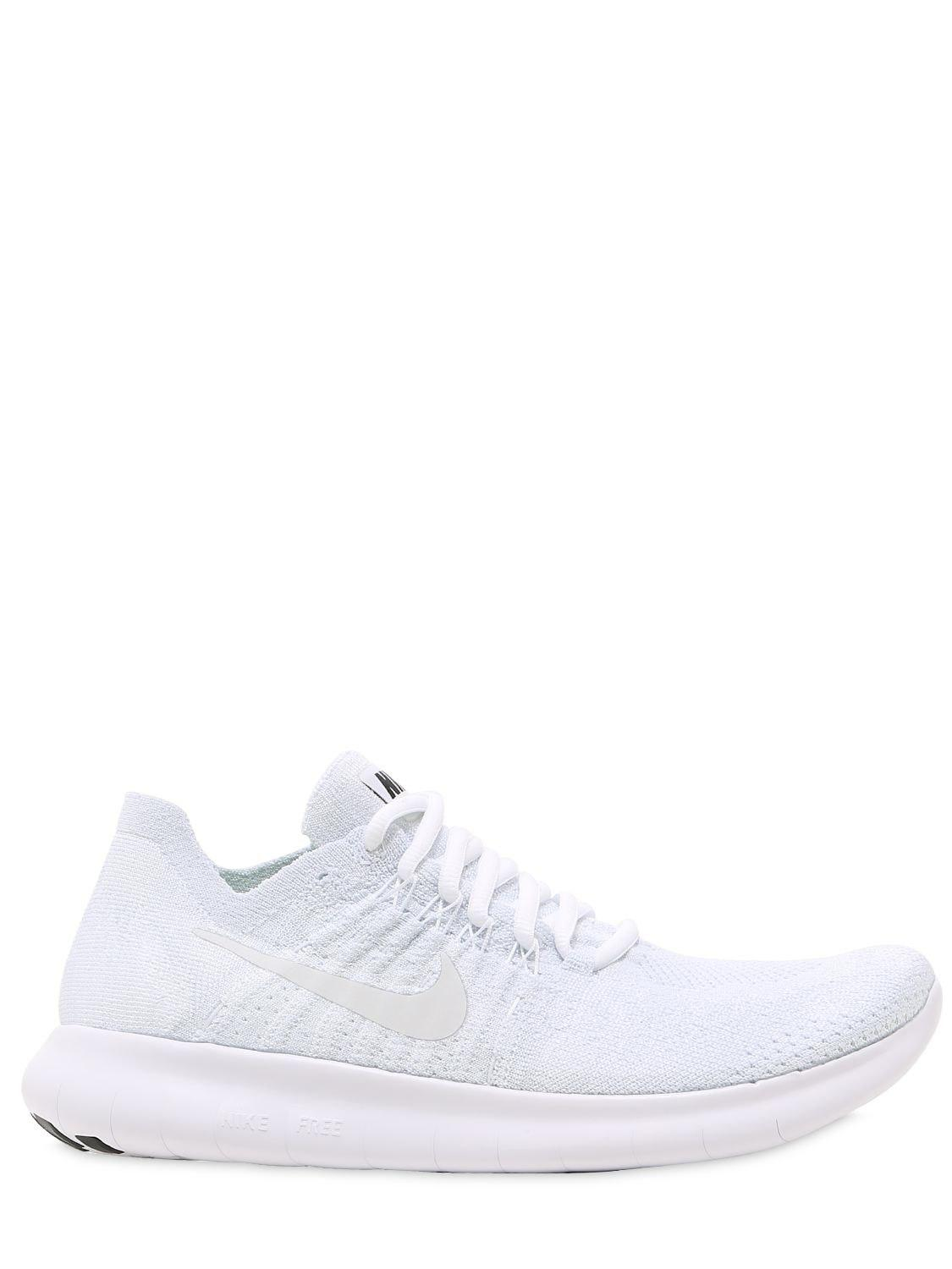 85ecc3ebbc35 Lyst - Nike Free Run 2 Flyknit Sneakers in White