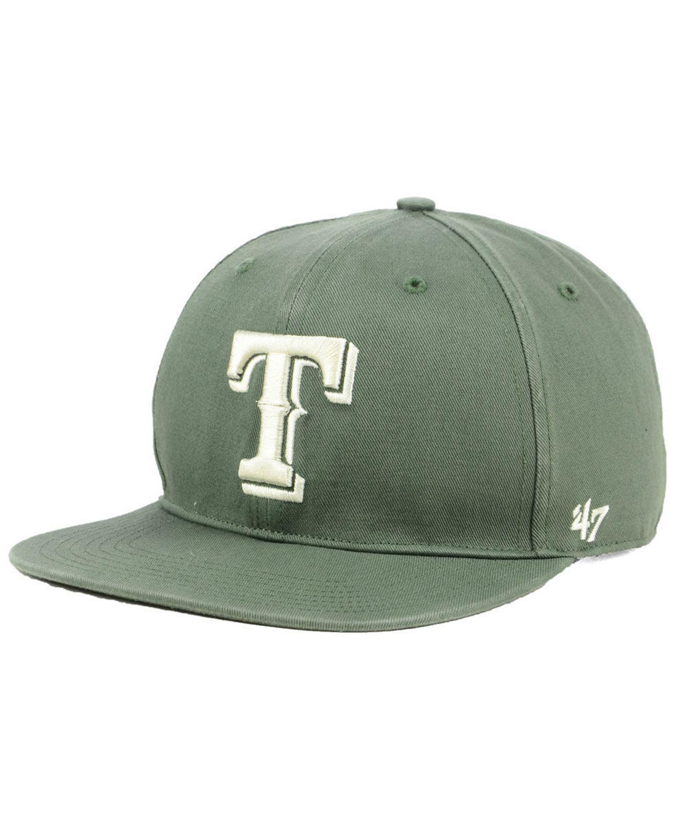 new arrival c3a2e 4257c 47 Brand. Men s Green Texas Rangers Moss Snapback Cap