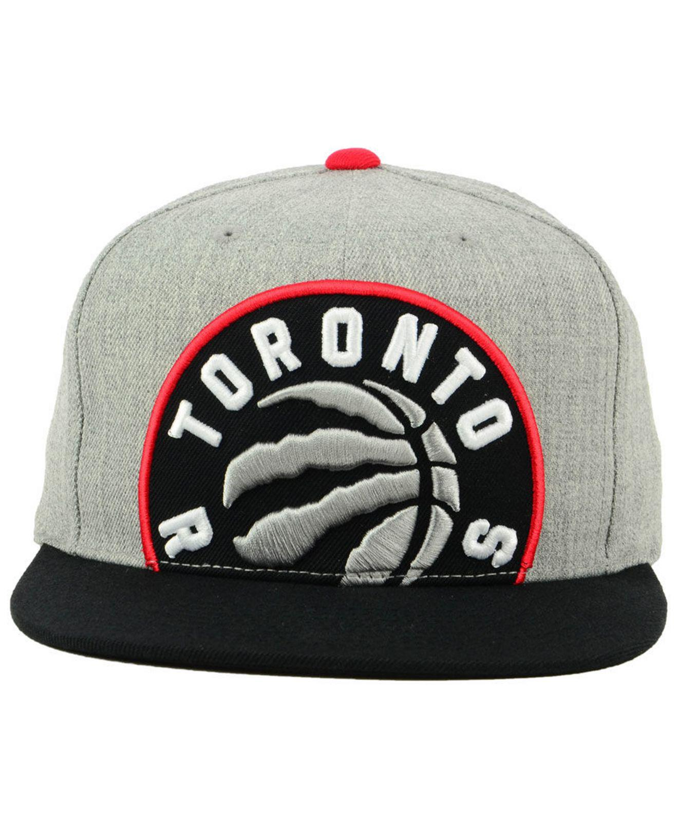 premium selection b93b5 cd31f Mitchell   Ness Toronto Raptors Cropped Heather Snapback Cap for Men ...