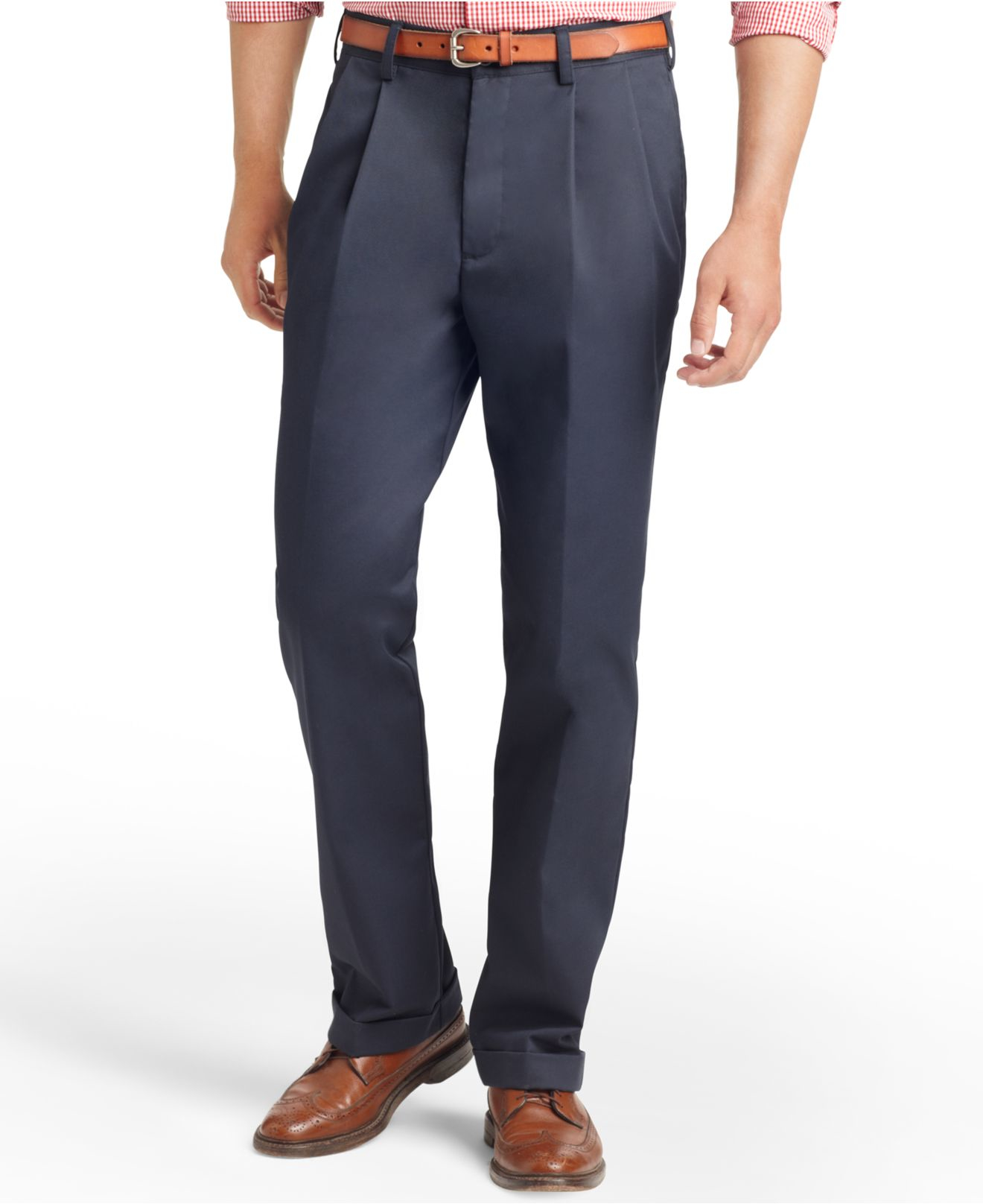No one wants to spend hours to iron pants. Haggar's no iron, wrinkle free pants are the solution. Available in casual wrinkle free khakis and dress pant styles. Save time and shop non-iron pants now. Haggar Clothing Co.