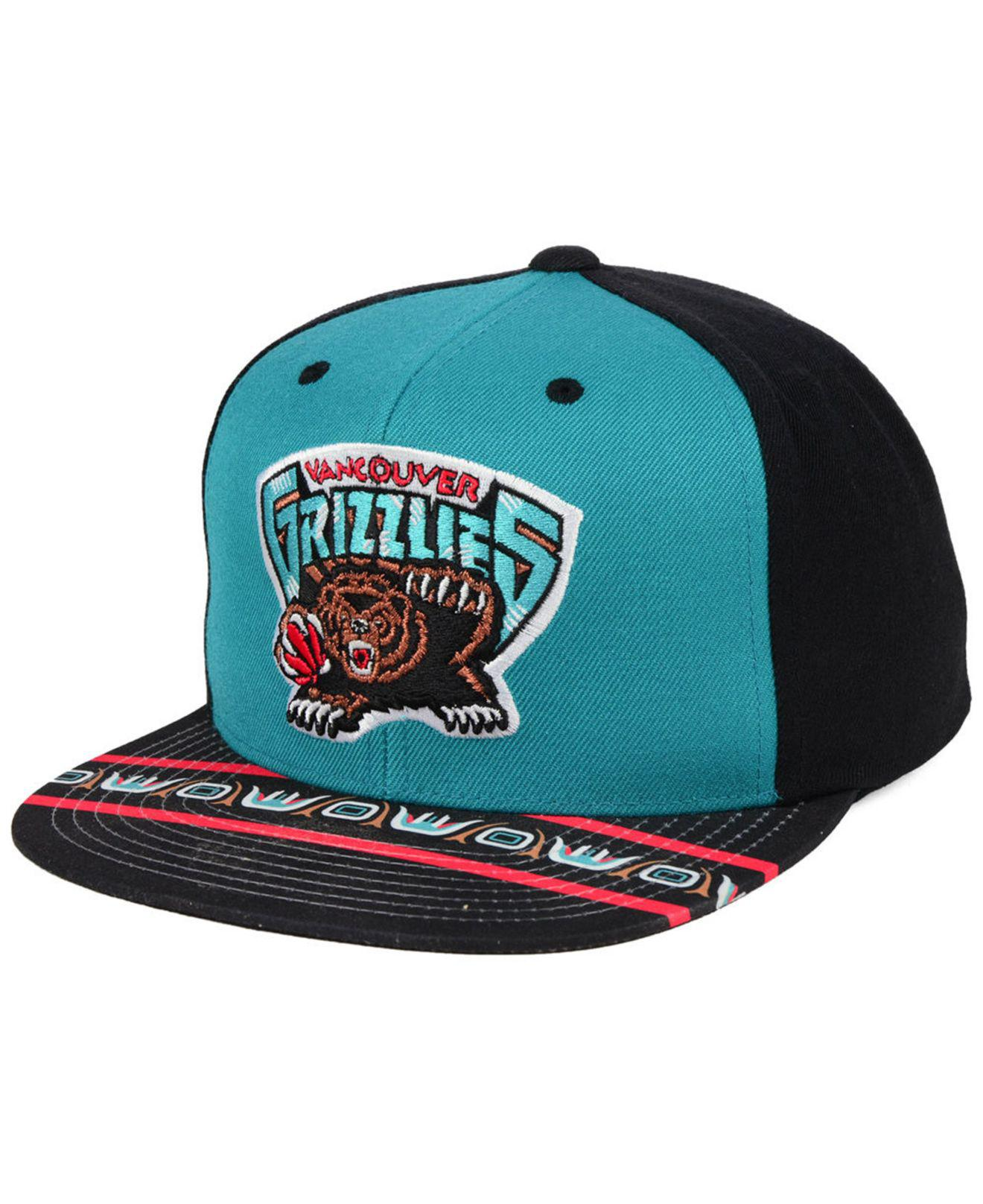 new concept 02895 e9c14 Mitchell   Ness Vancouver Grizzlies Winning Team Snapback Cap for ...
