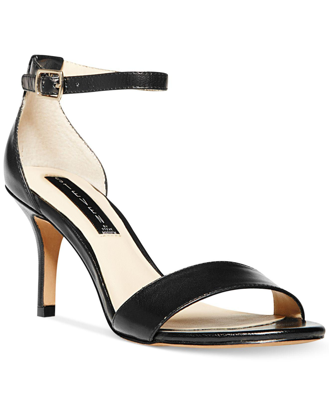Steven by Steve Madden. Women's Black Vienna Sandals