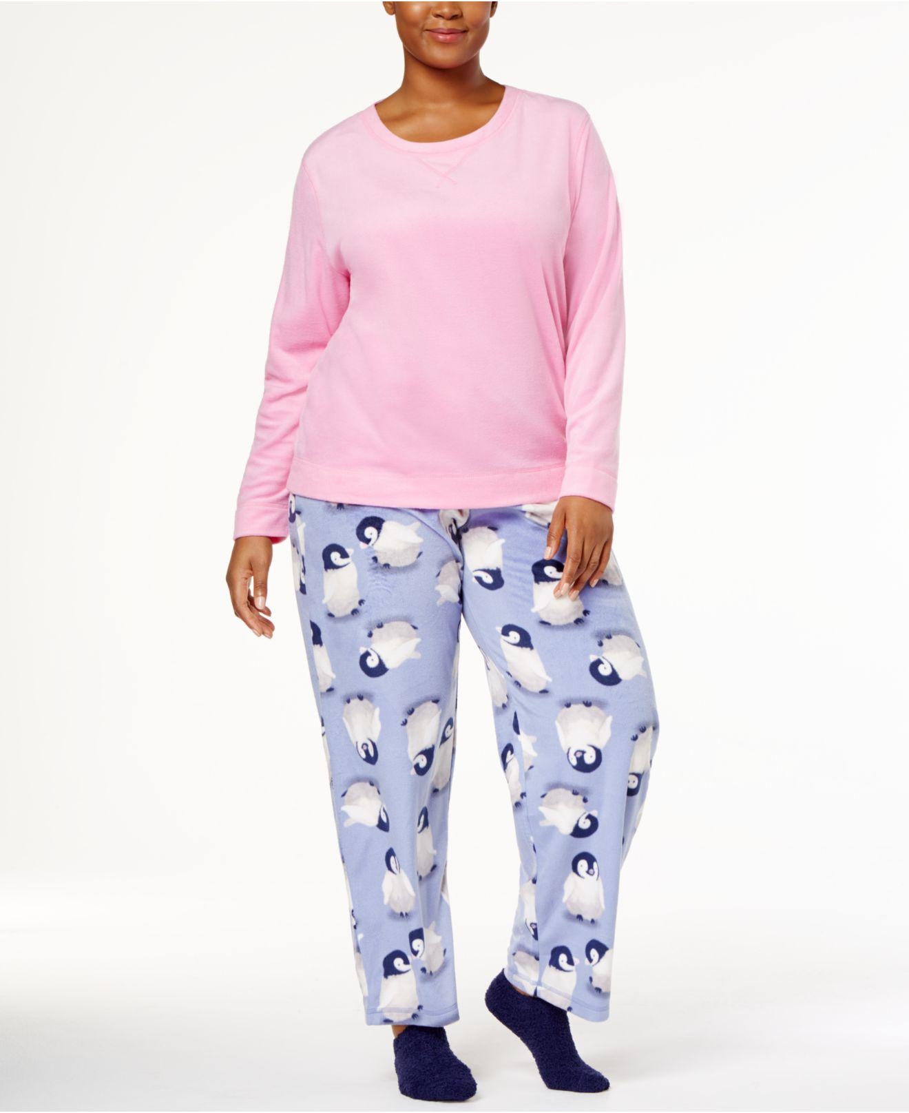Lyst - Hue Plus Size Sueded Fleece Top   Printed Pants With Socks ... b691782d9