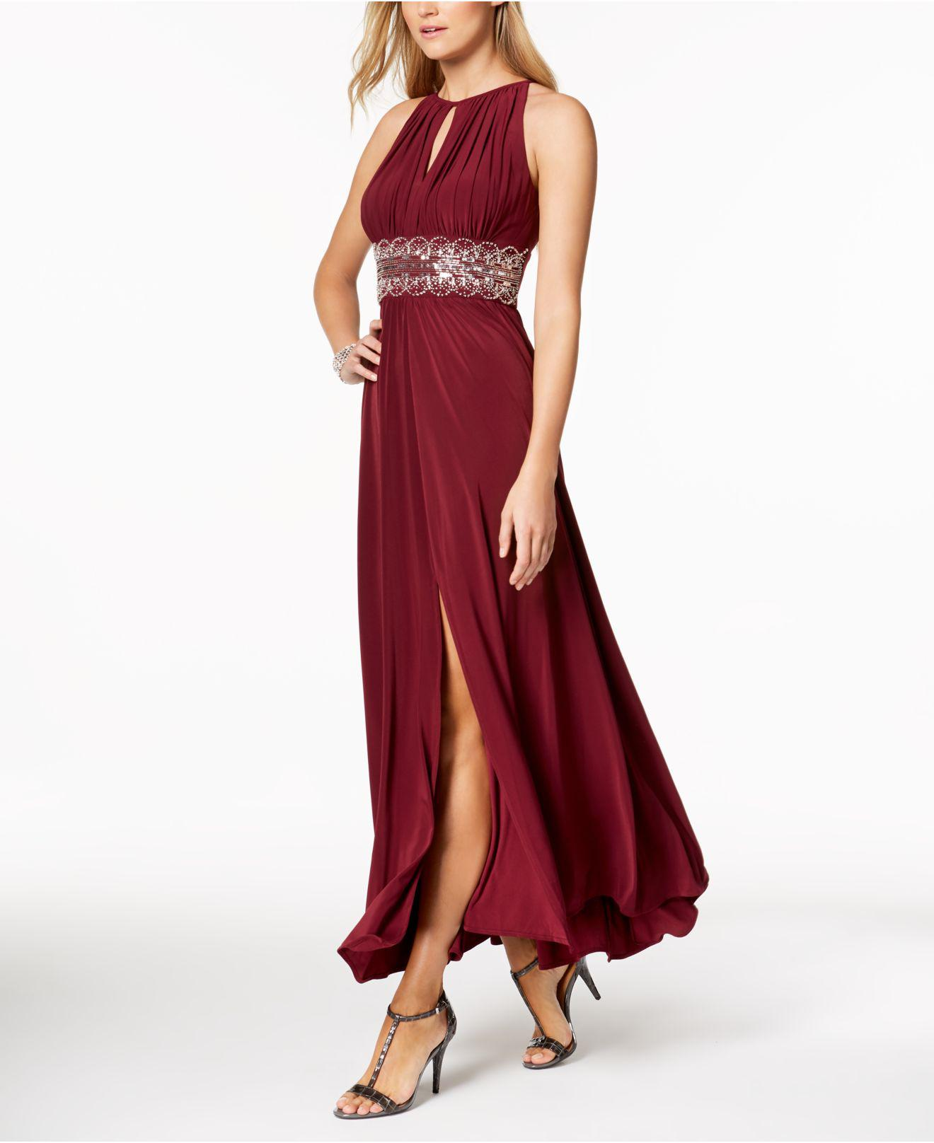 Lyst - R & M Richards R&m Richards Petite Sleeveless Beaded Gown in Red